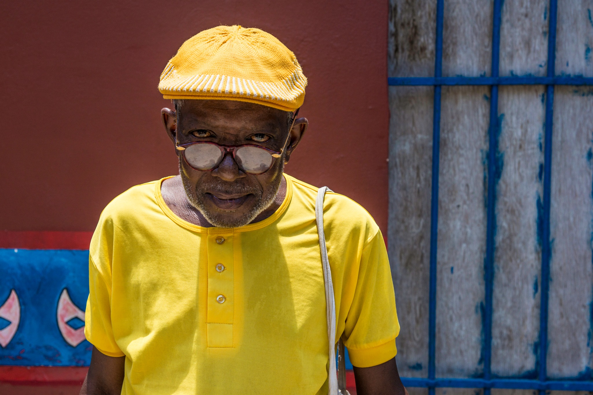 Yellow man by Alessandro Longo