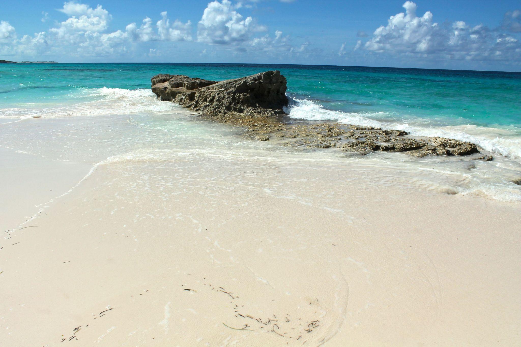 Sea and Sand, Bahamas by Sandra Dubout