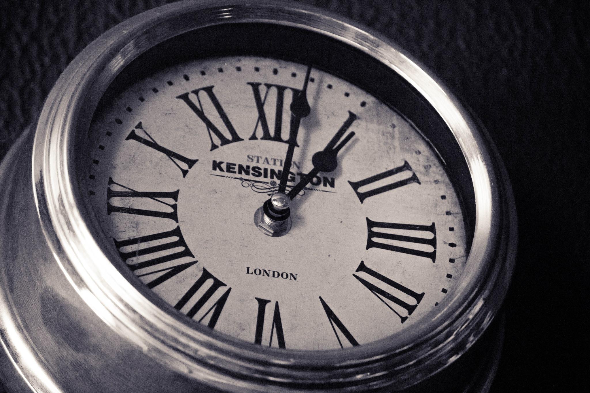As times goes by by Leonardo Perin Vichi