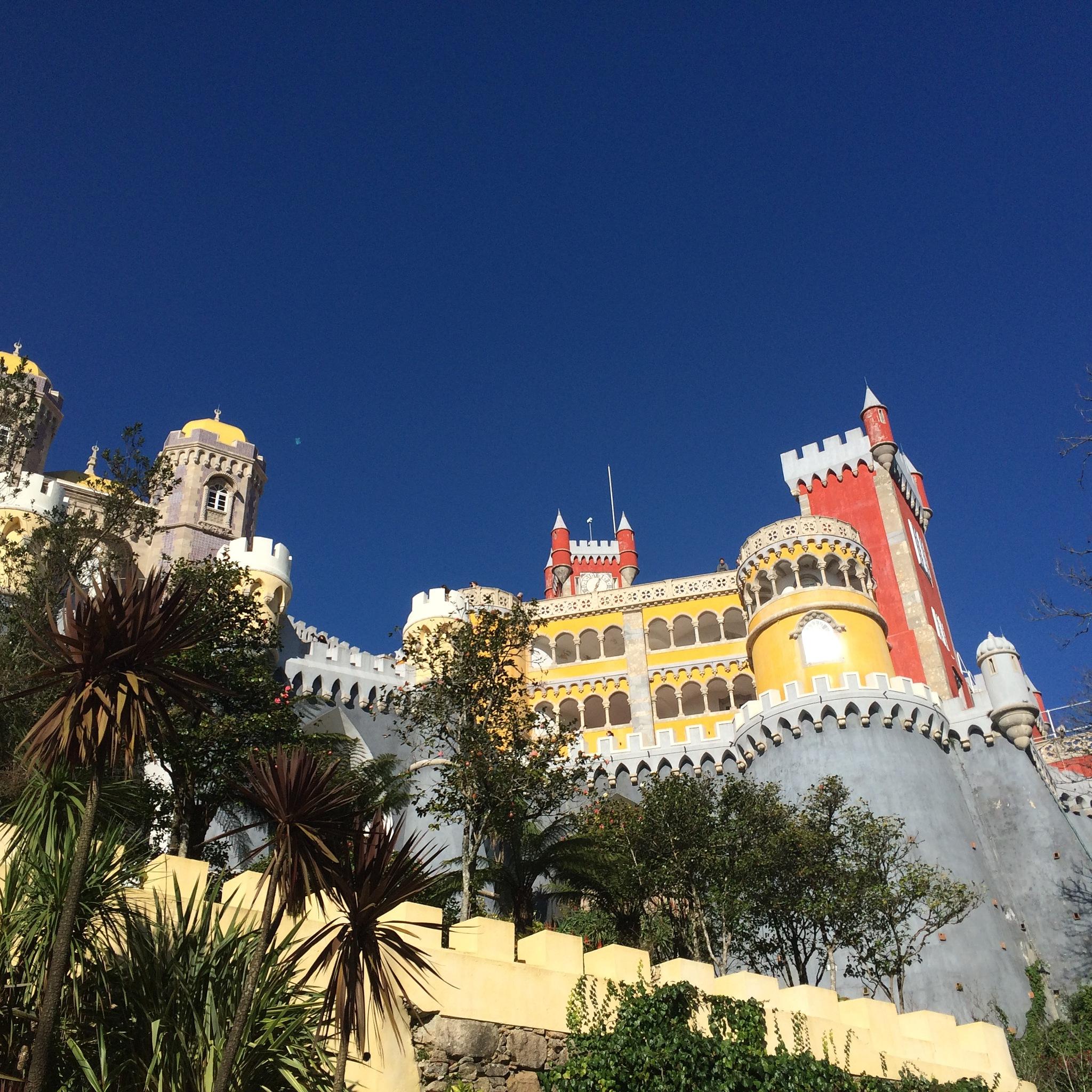 Peña Castle - Sintra - Portugal by Leonardo Perin Vichi
