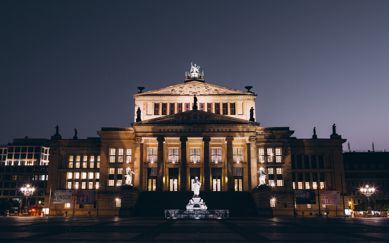 Konzerthaus by Paul G