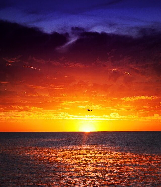 Glorious sunset over WA  by Laurenmerton
