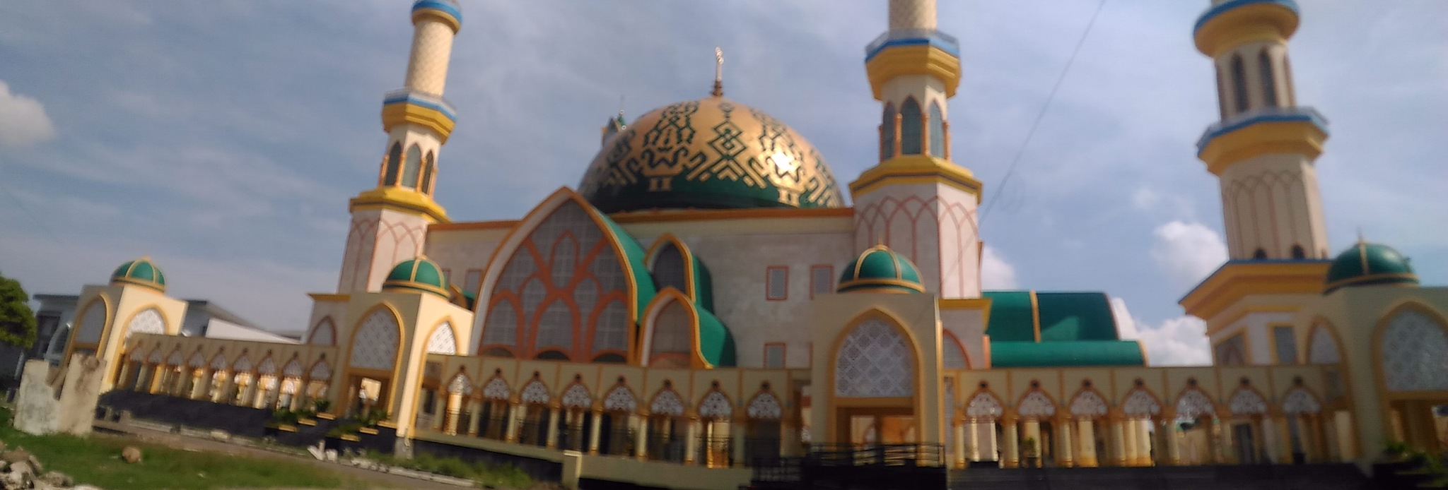 ISLAMIC CENTER LOMBOK by Arif SI Bolang