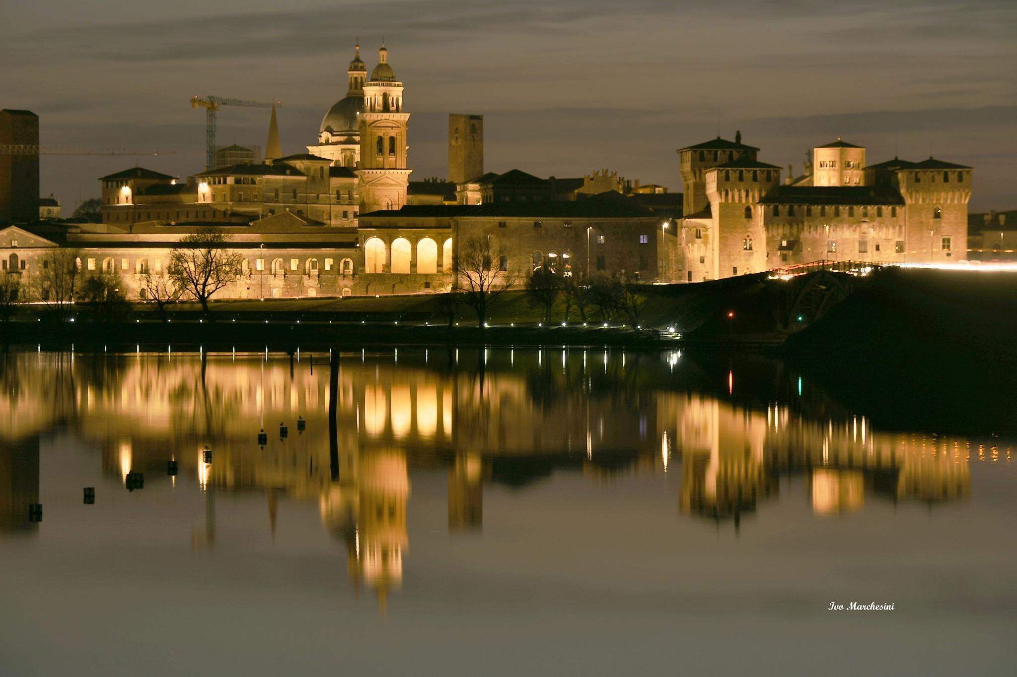 mantua by night by Ivo Mar Marchesini