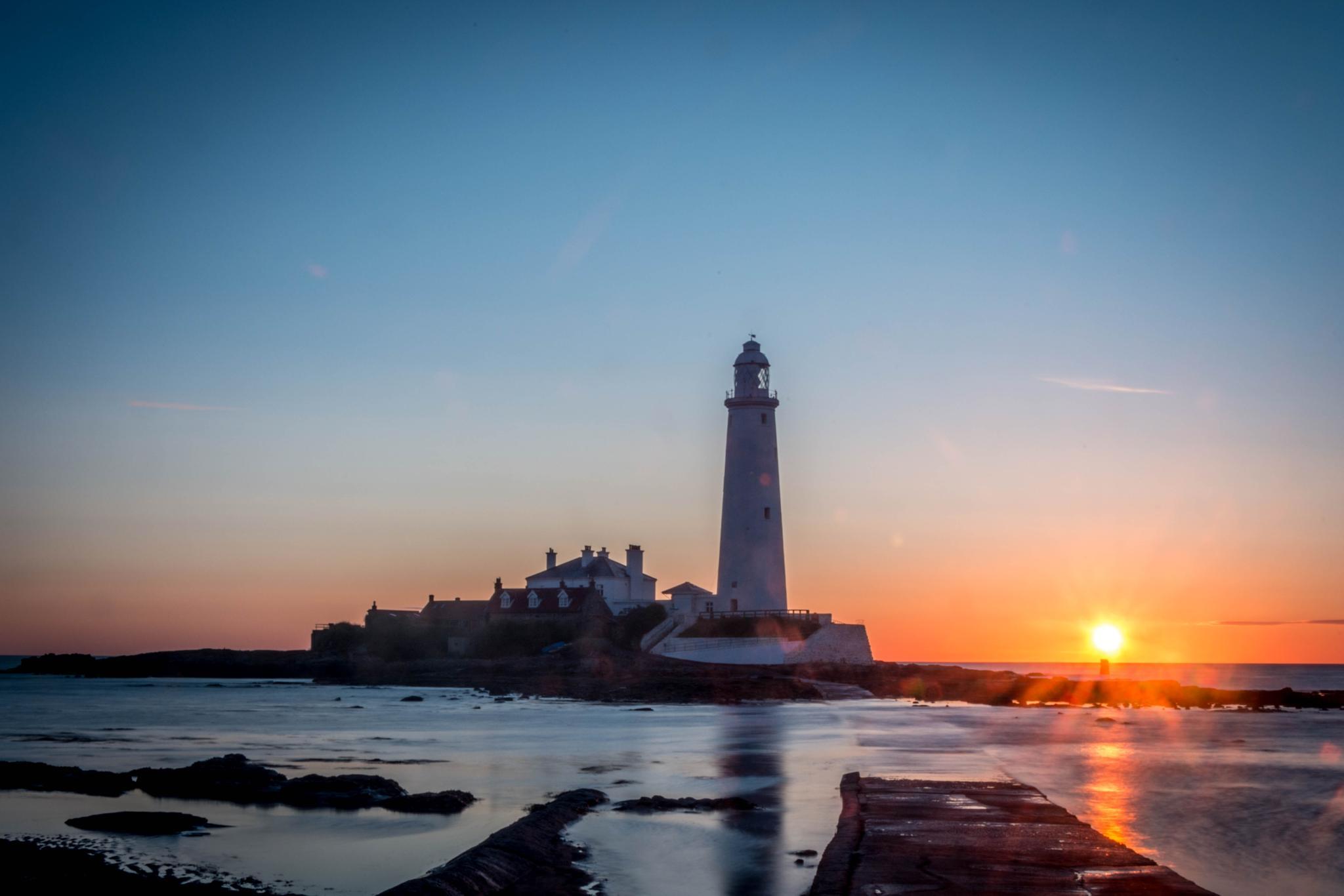 Lighthouse by Robert Nixon