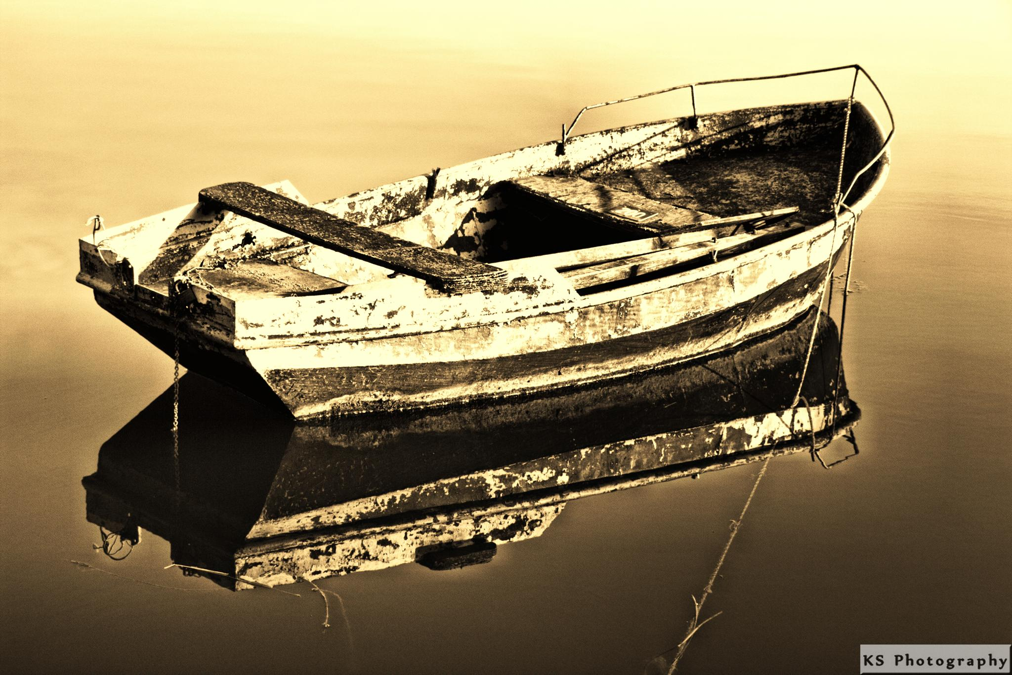 old rowing boat by Klaus Schenker