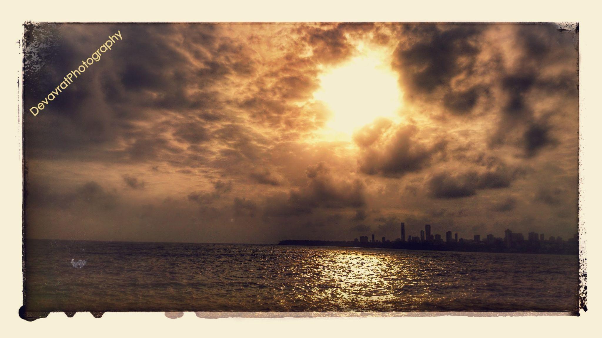 Sea by Ðevavrat Abhyankar