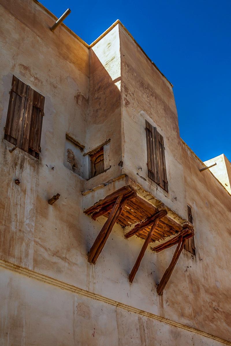 Old balcony by NouarHadjaissa