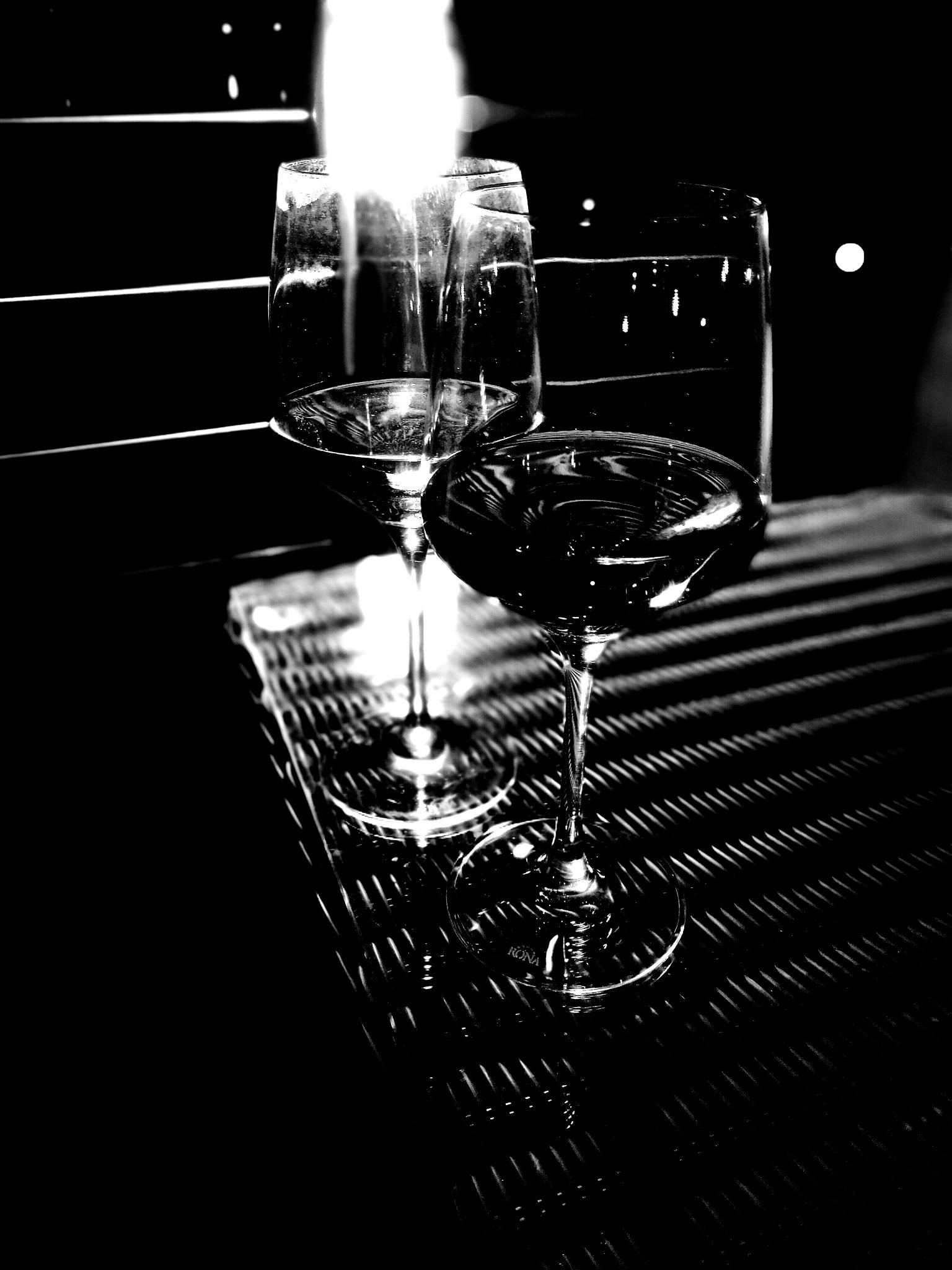 Black&white romance  by Nicoleta
