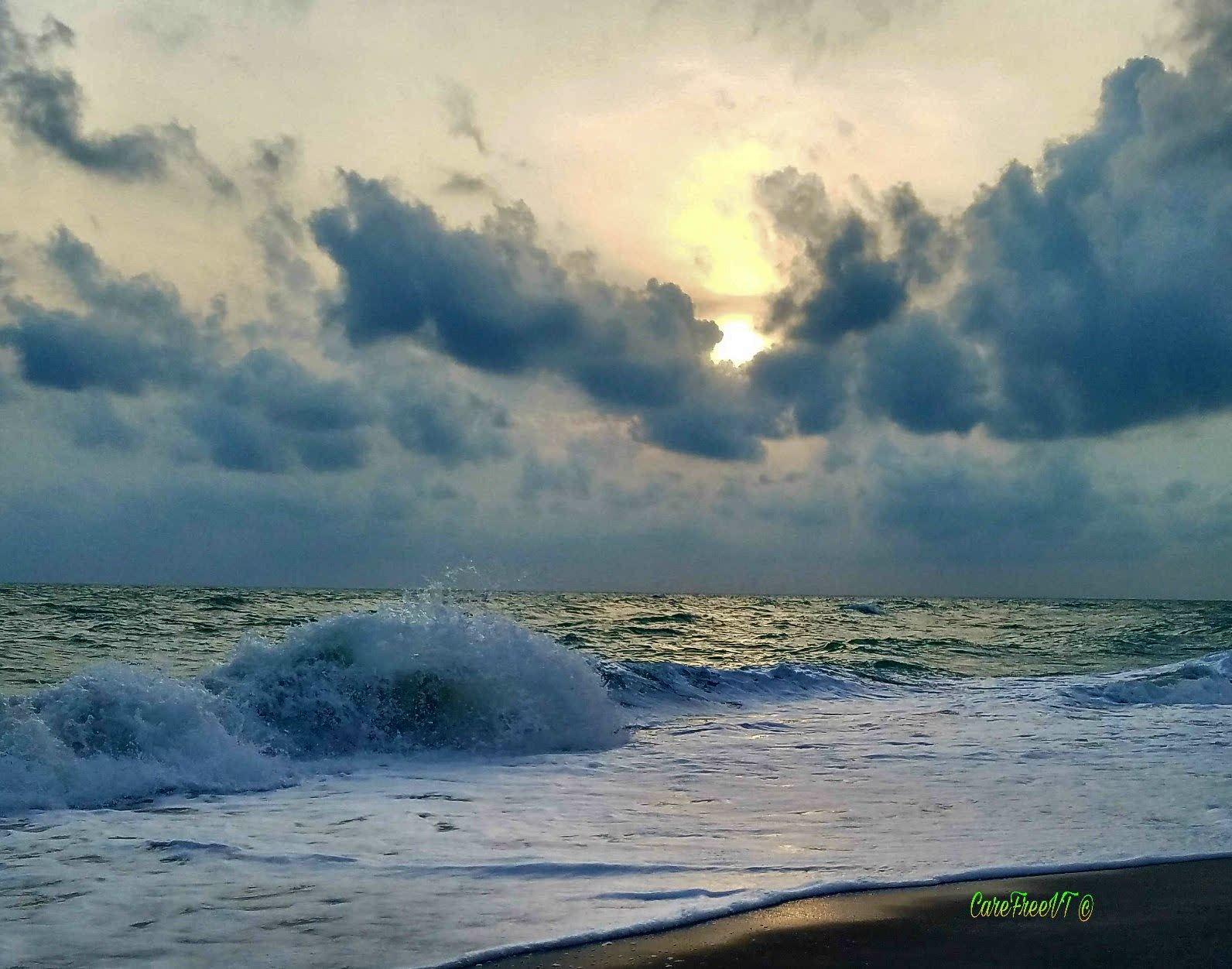 Cloudy, Windy, Wavy, Sunset... by CareFreeVT