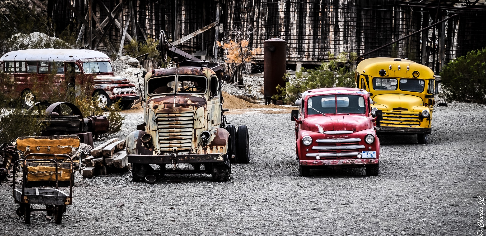 Rusty Trucks and buses by carlosf_m