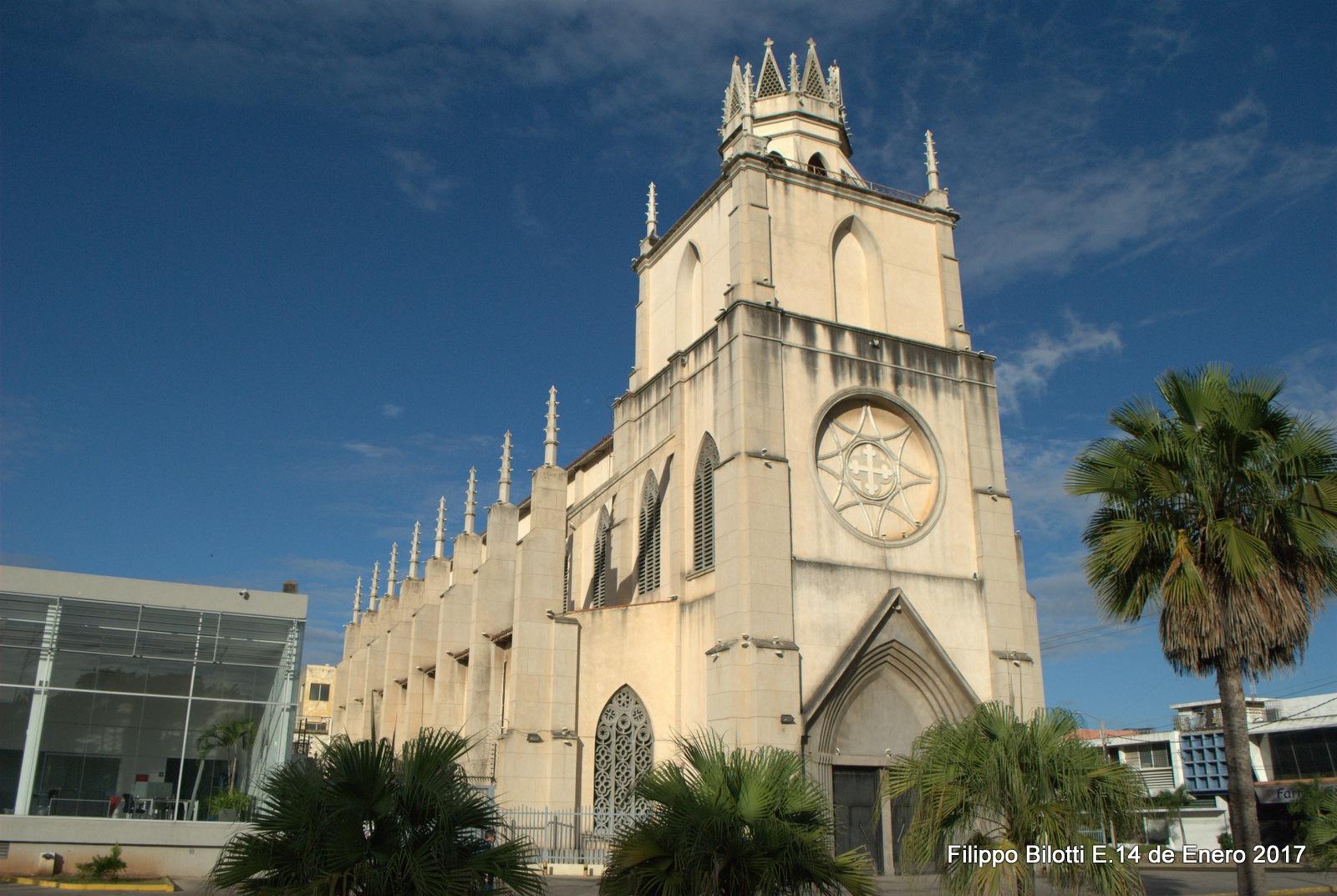 Iglesia. by FilippoBilottiE