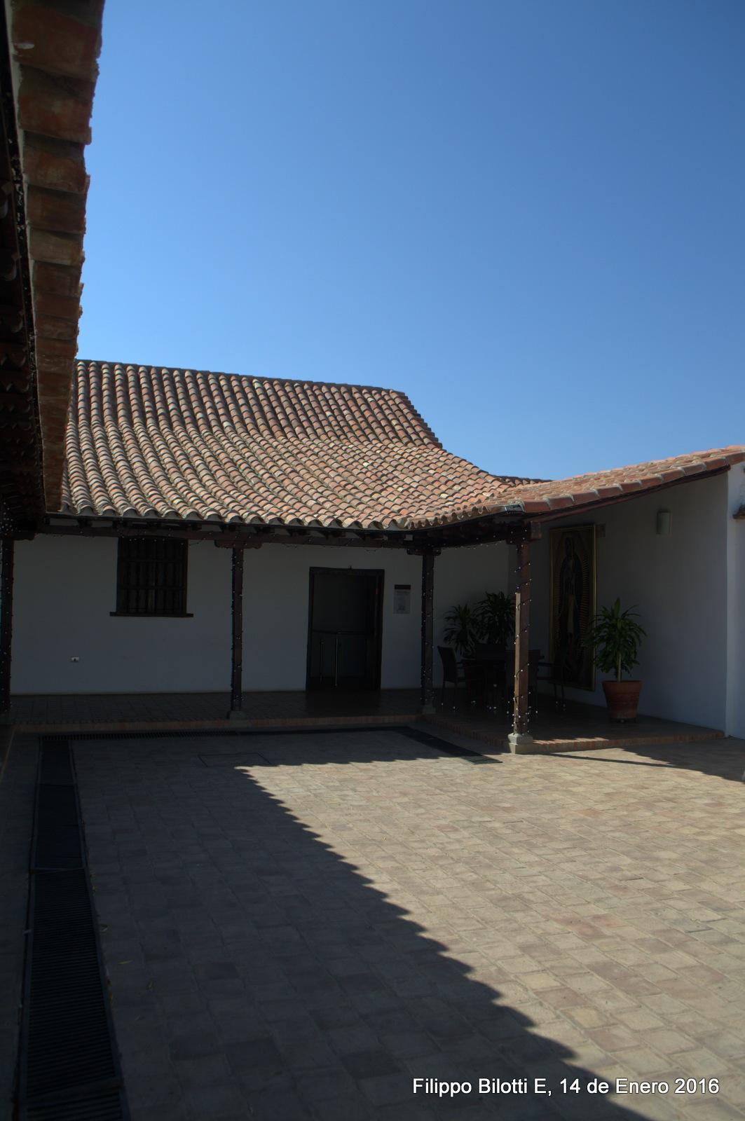 Vista del patio,museo Guadalupano. by FilippoBilottiE