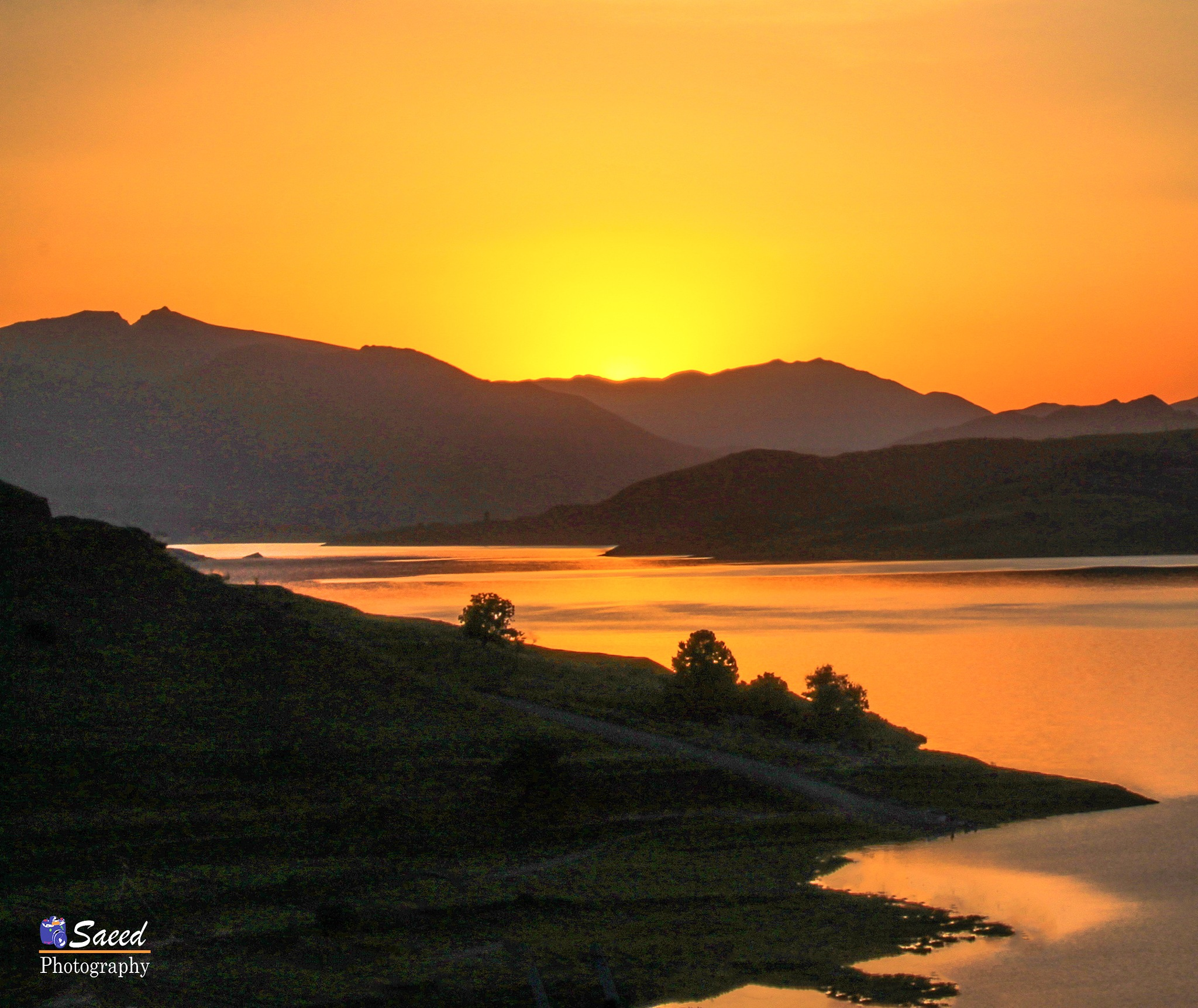 Sunset the Lake by Saeed Khansarian