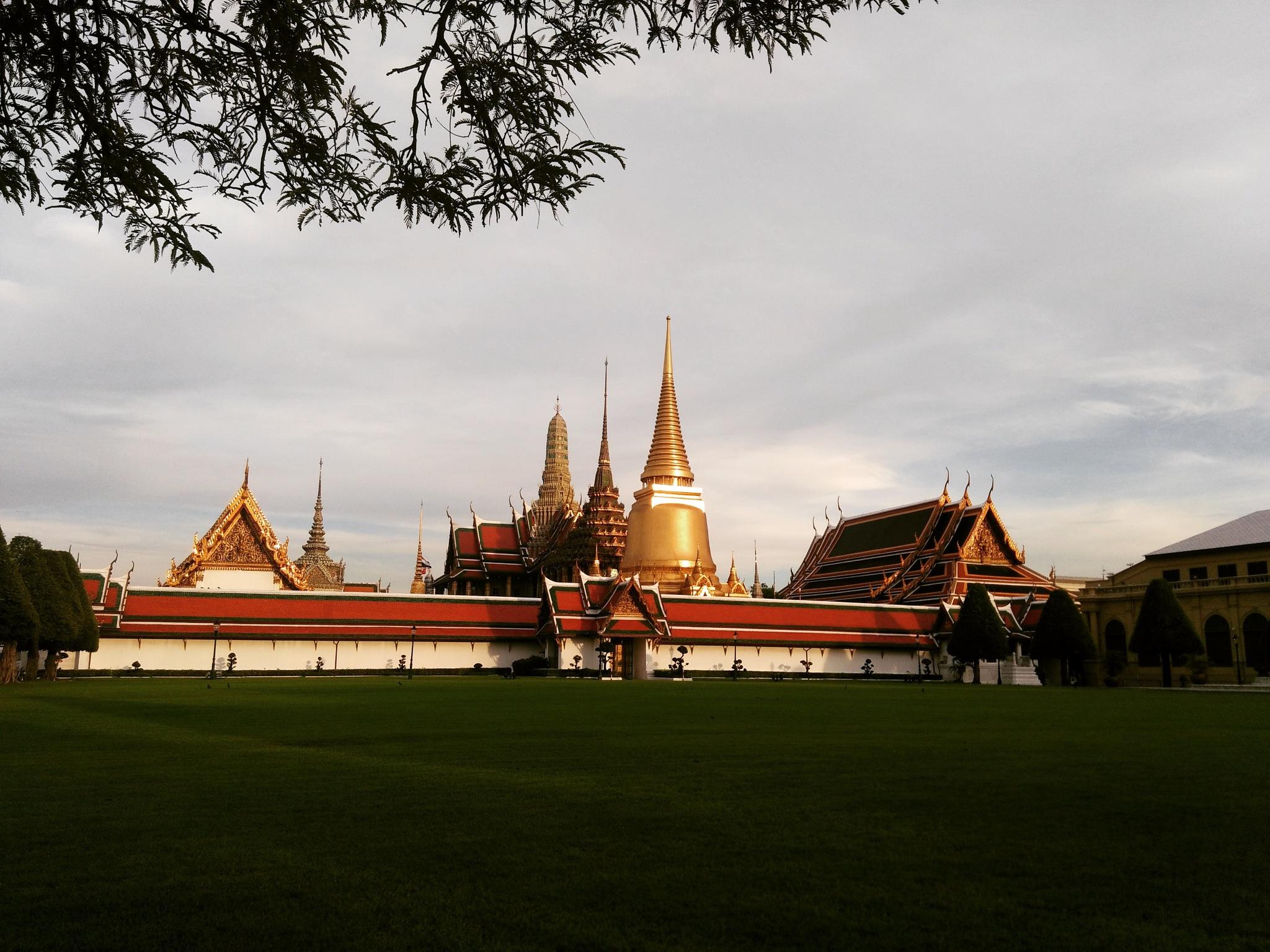 Bangkok by annbenjakul