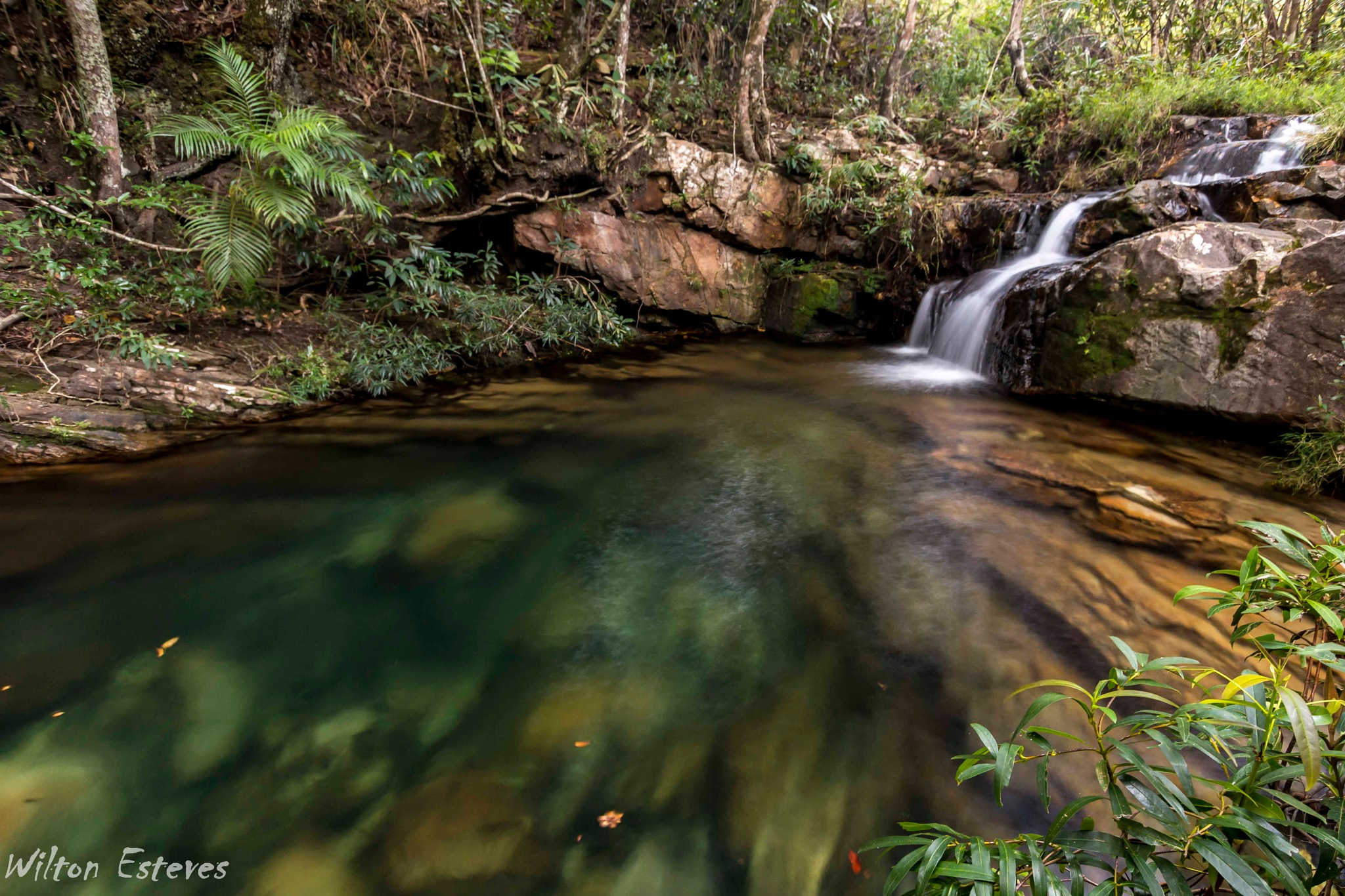 Loquinha Waterfalls by Wilton Esteves