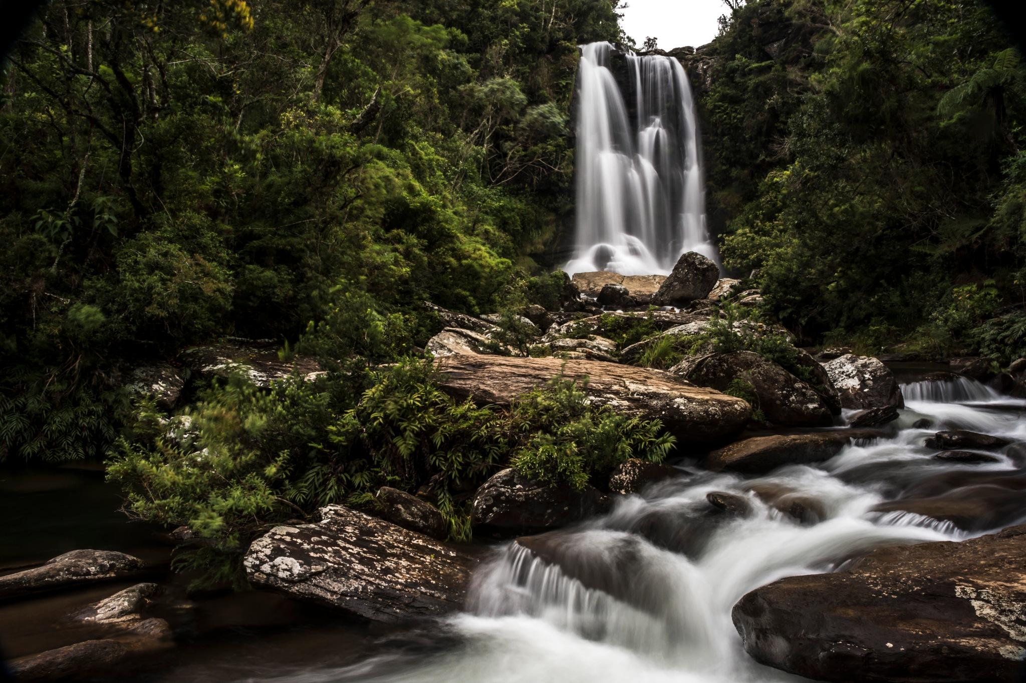 Cachoeira dos Garcias by Wilton Esteves