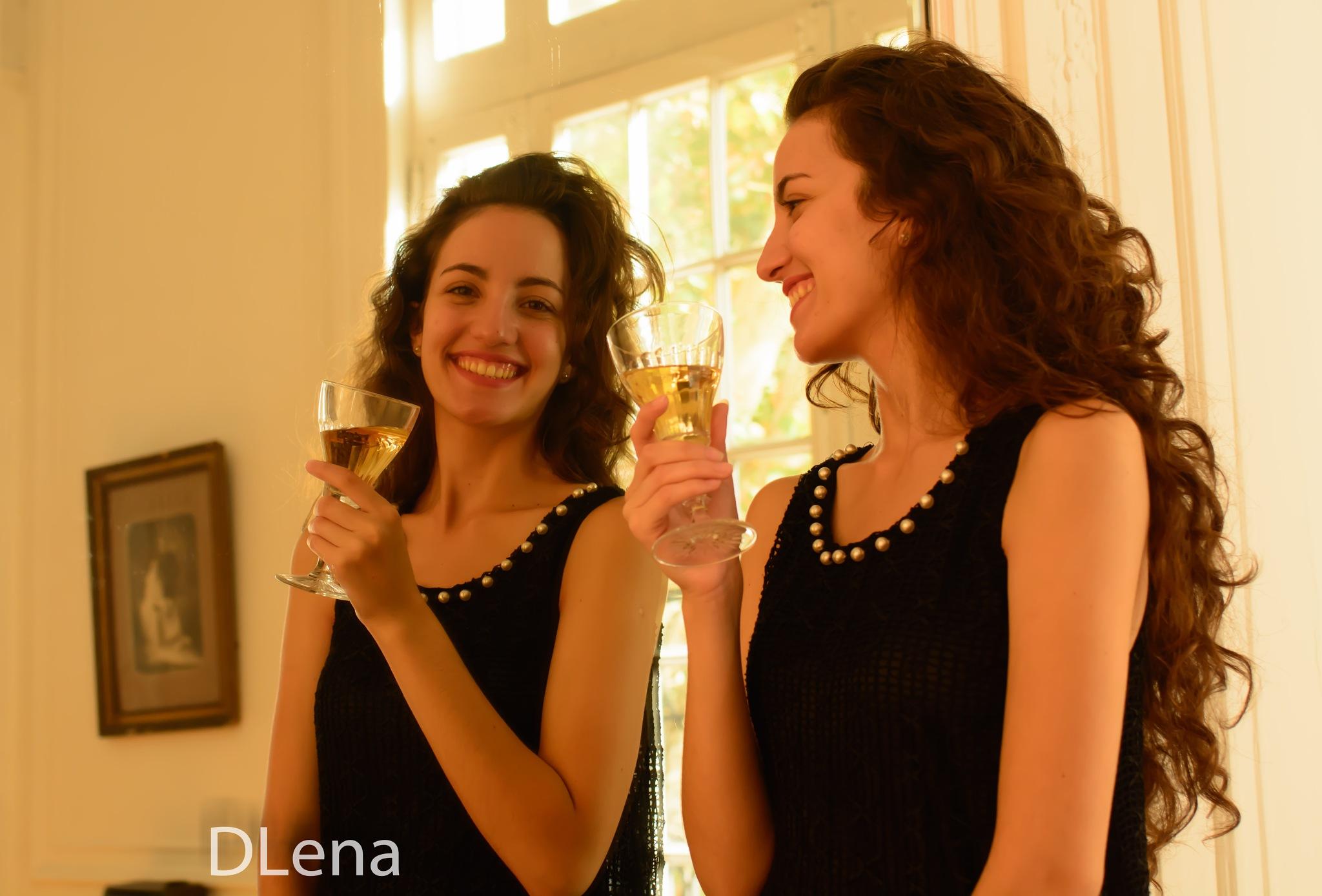 sonrisa by Diego Lena