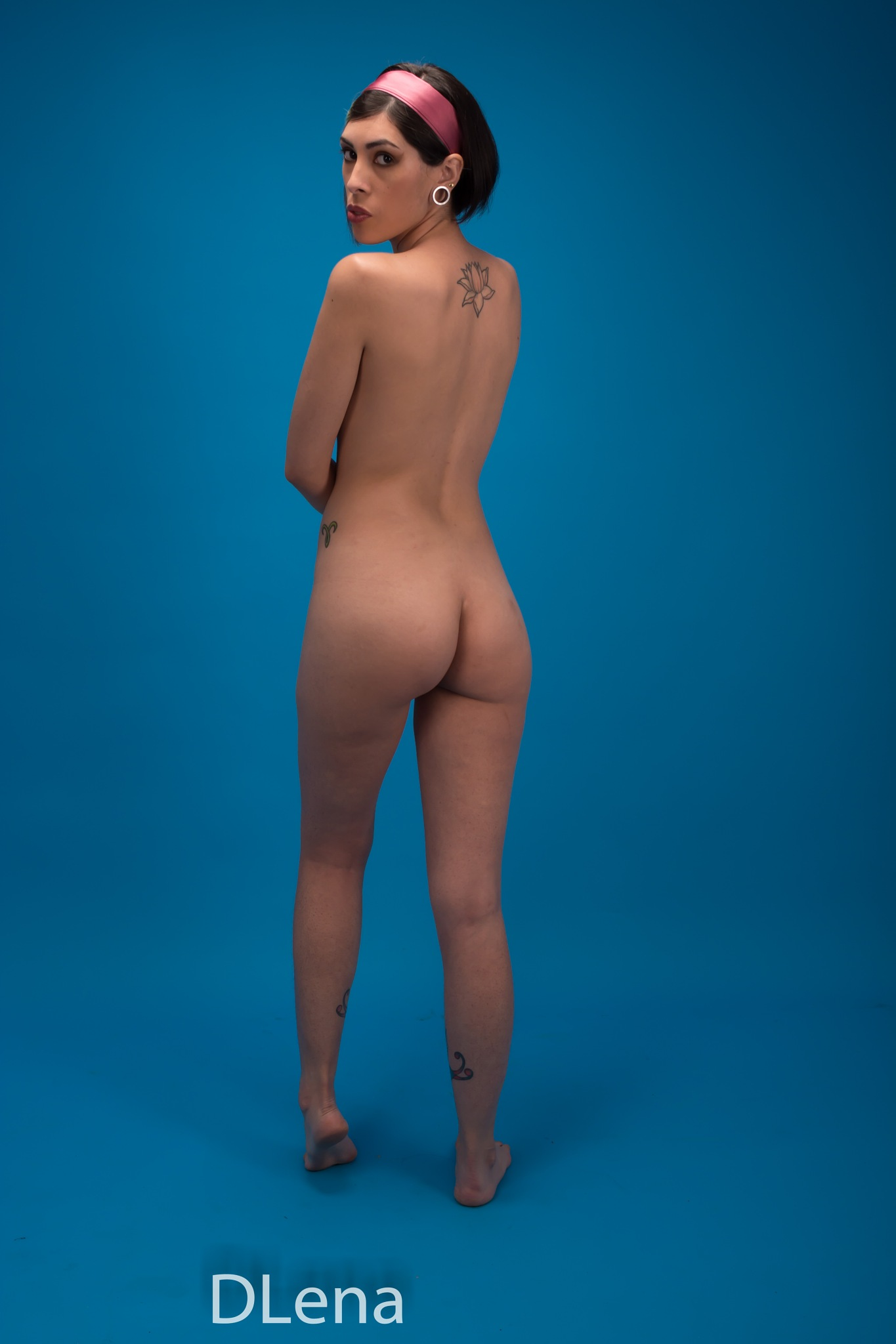 nude by Diego Lena