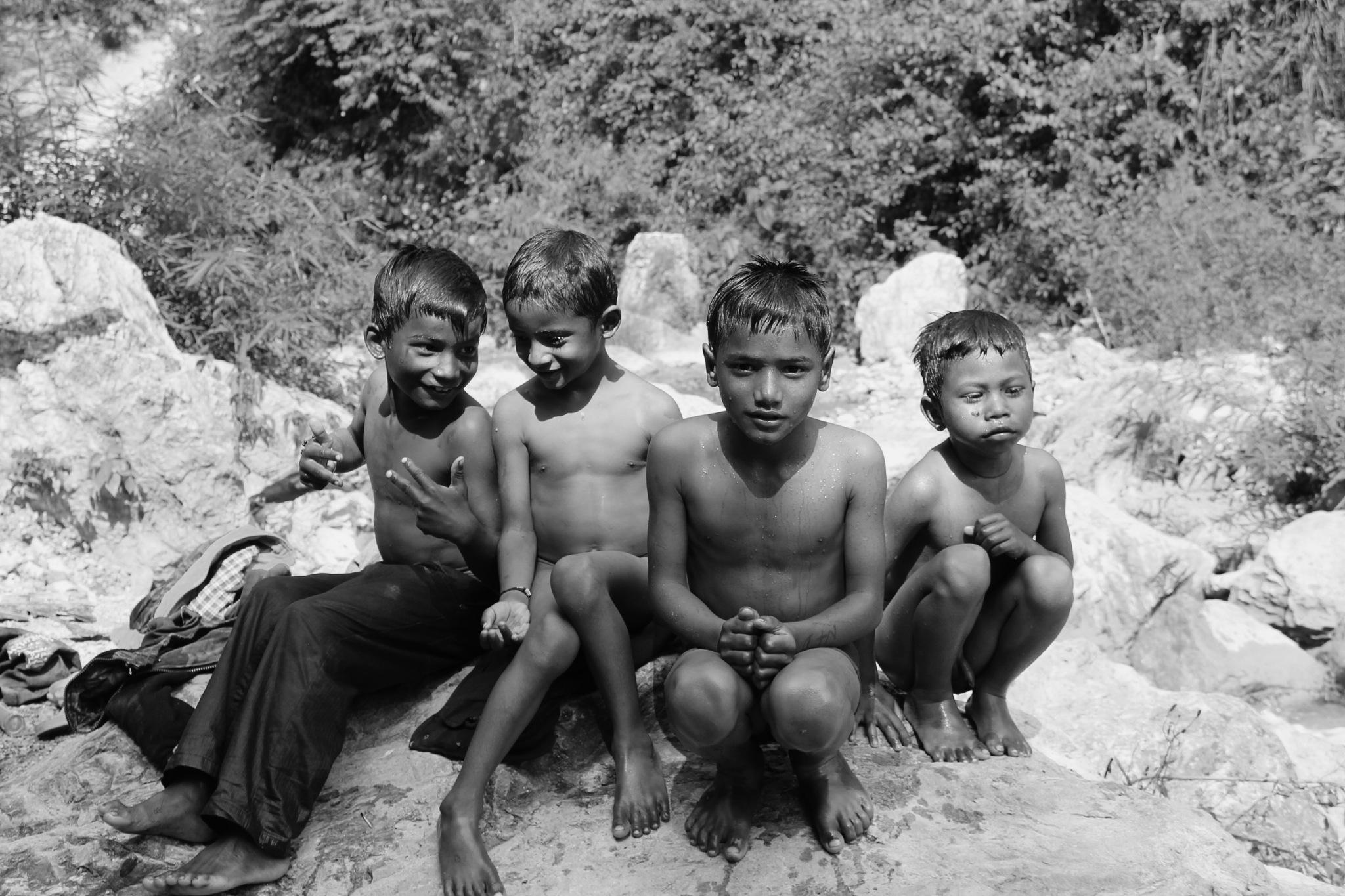 The innocent childhood.. by deepak8491