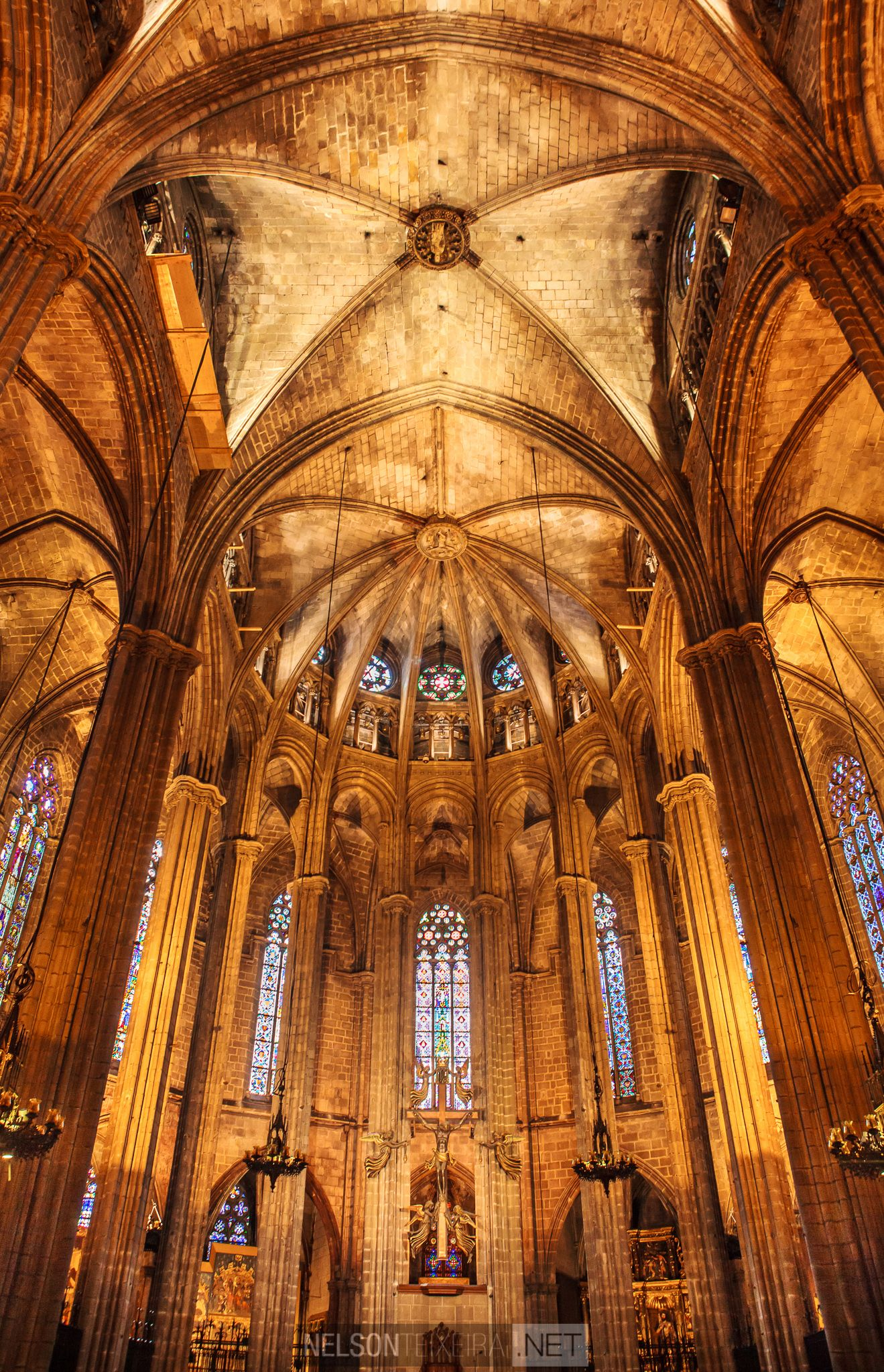Barcelona Cathedral by nelsonteixeira