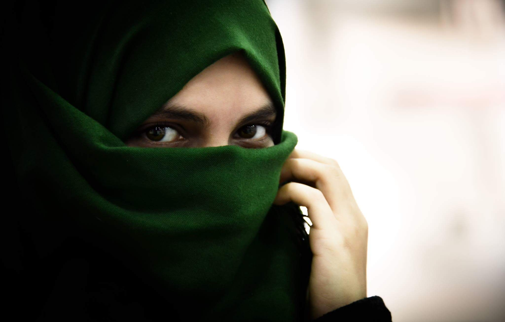 Arabian eyes by sahoo_chic
