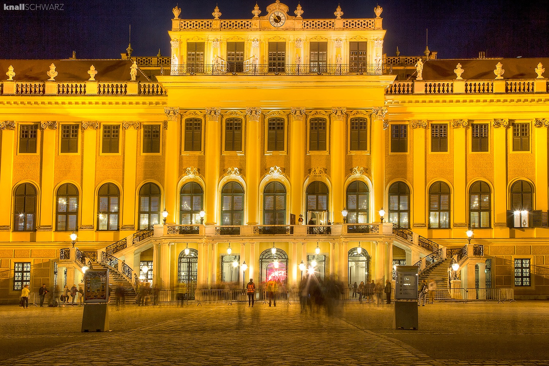 Schloss Schönbrunn • Wien by Charlie Schwarz