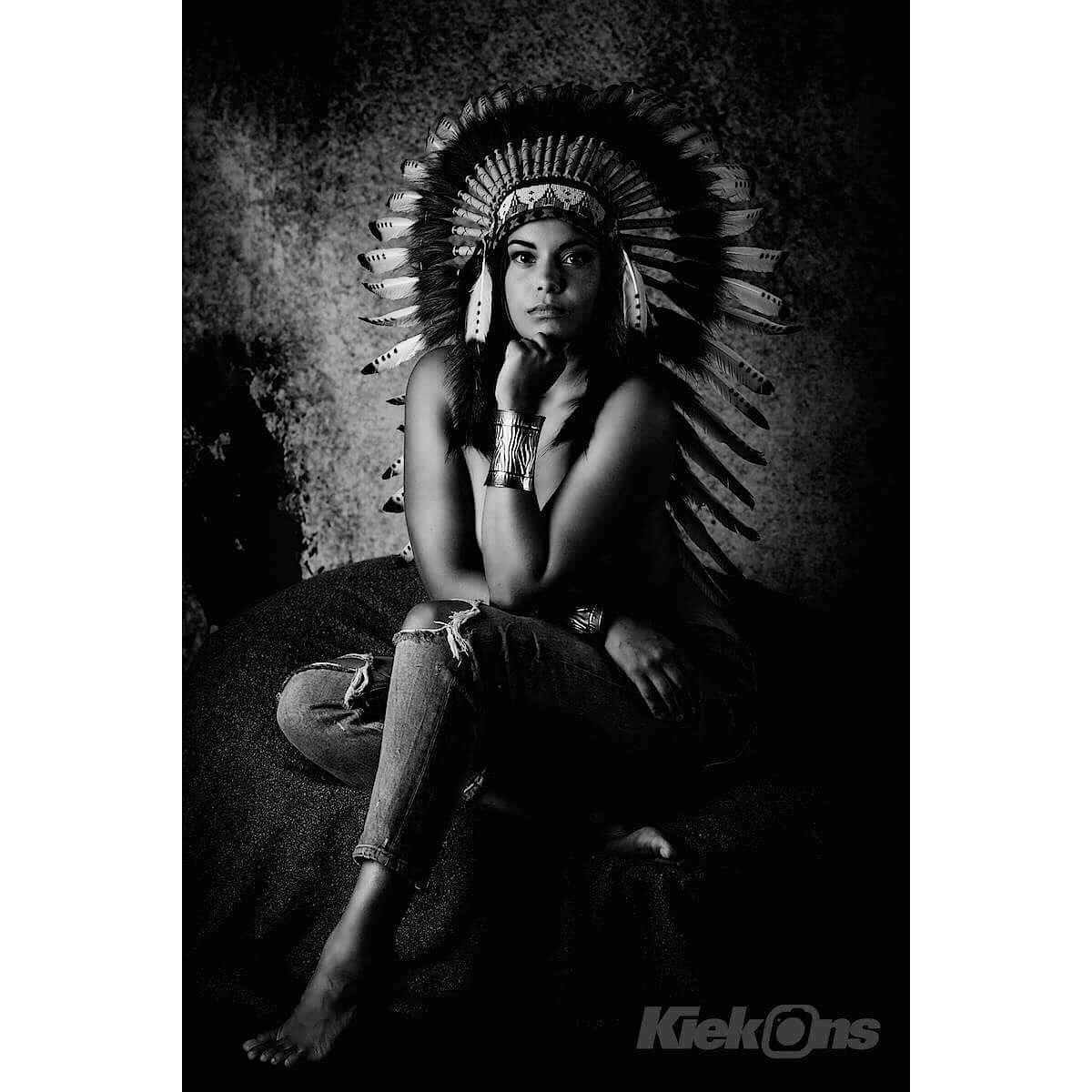 Indian girl 2 by Vlie_Gert