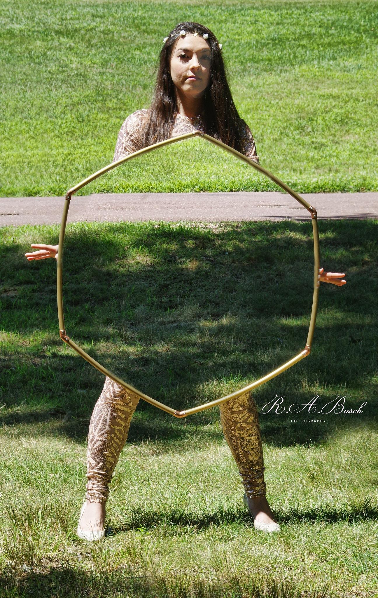 Magic hoop  by RichardABusch