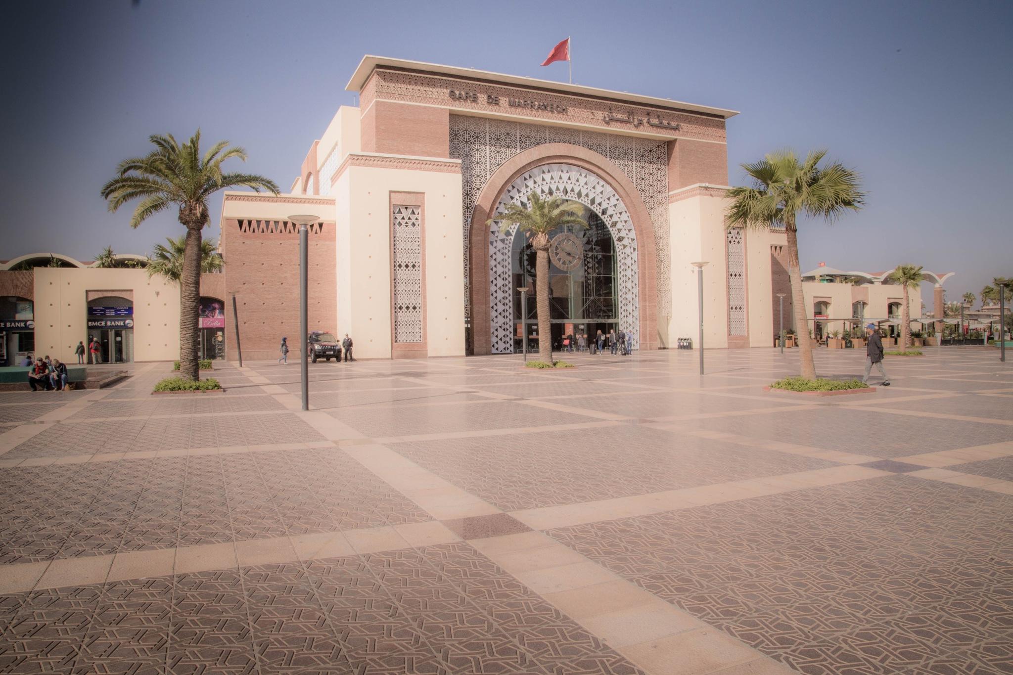 gare de Marrakech by Hervé Moreau