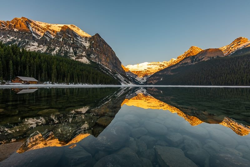 Lake sunrise by Vernie Gillespie