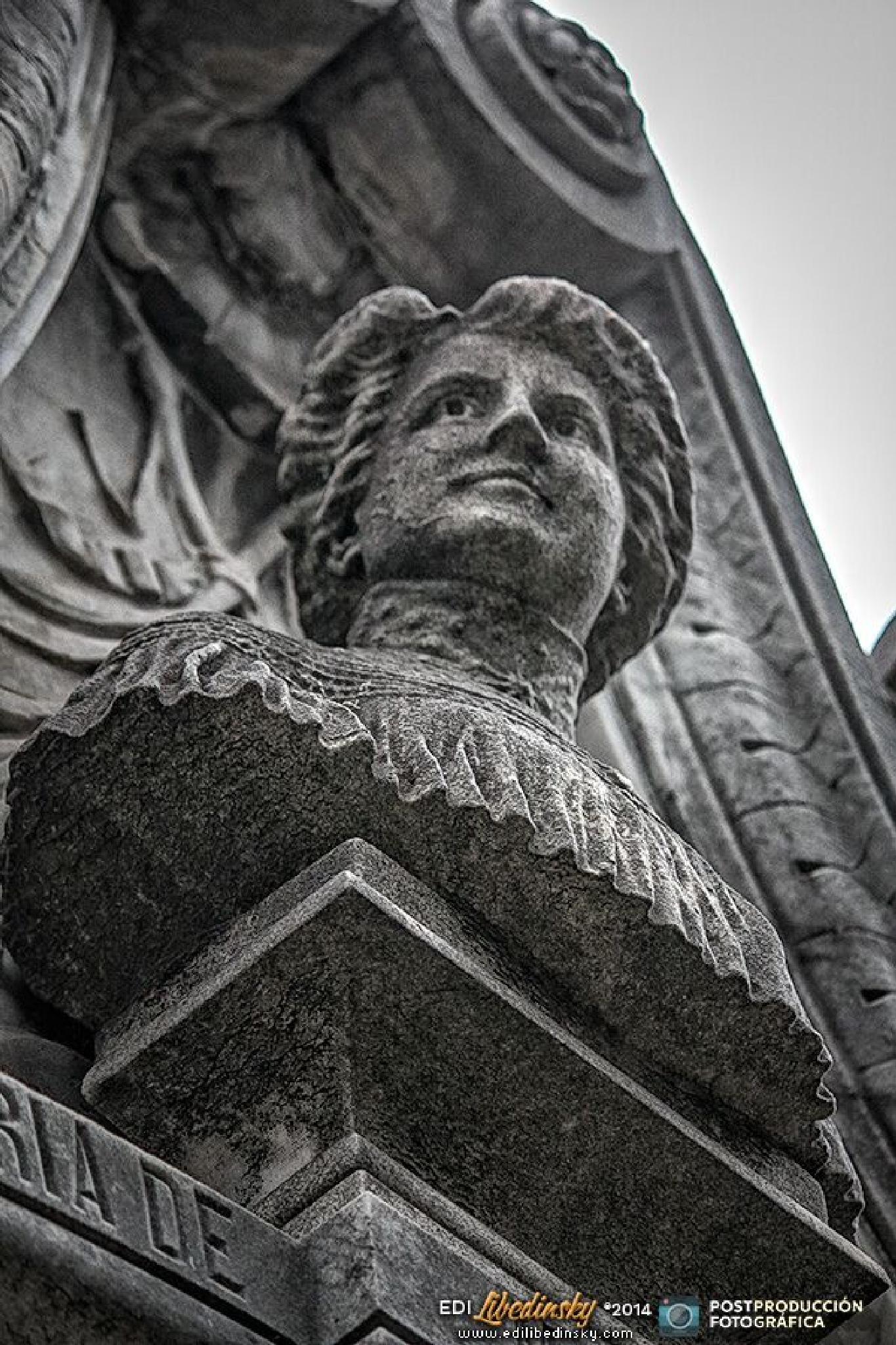 Cementerio de la Recoleta - Octubre 2014 by Edi Libedinsky