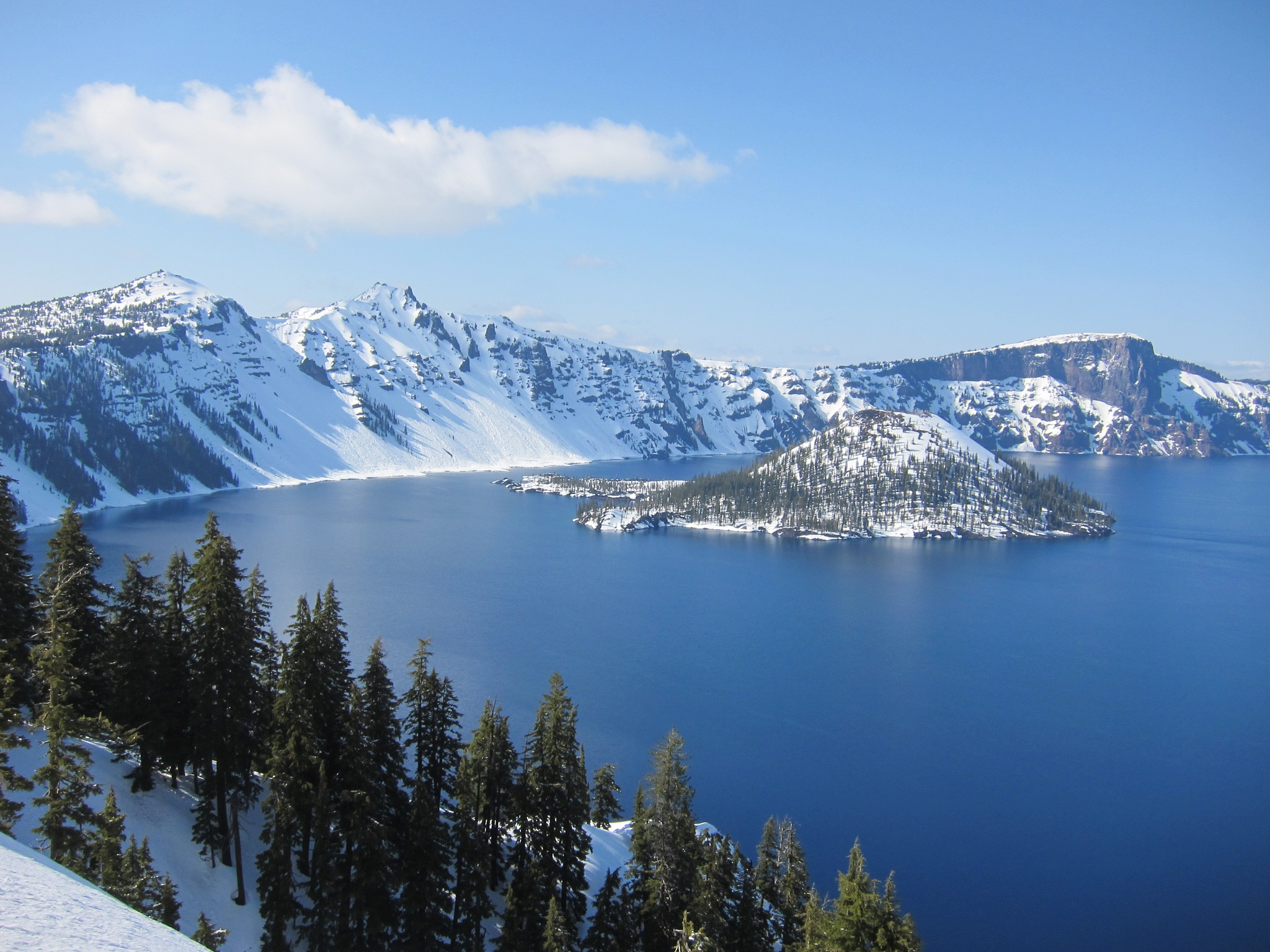 Crater Lake  by RenfroPhotography