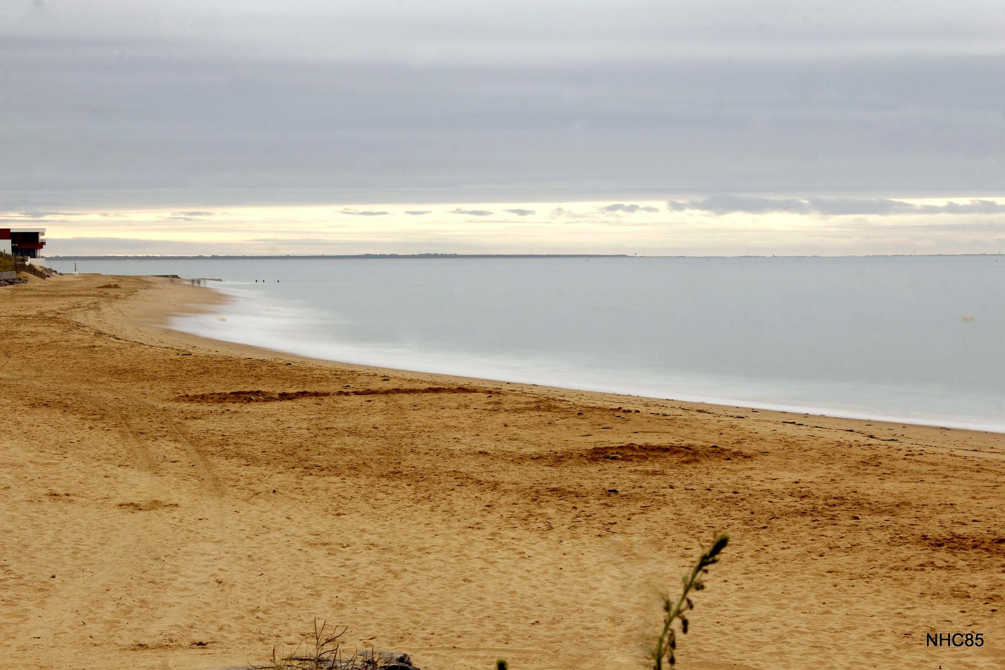 Pose longue à la plage by NHC85