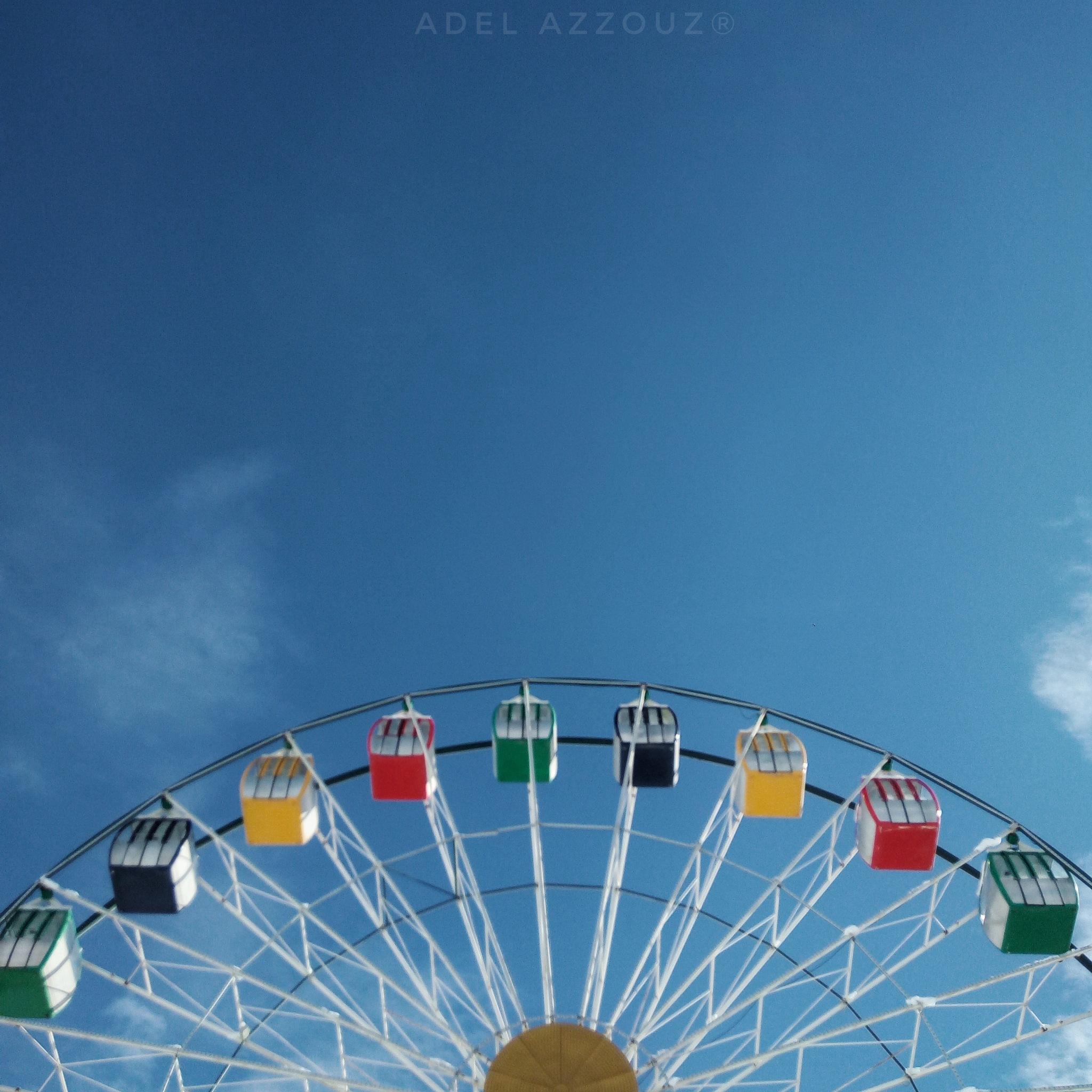 Tourner dans le vide by Adel Azzouz