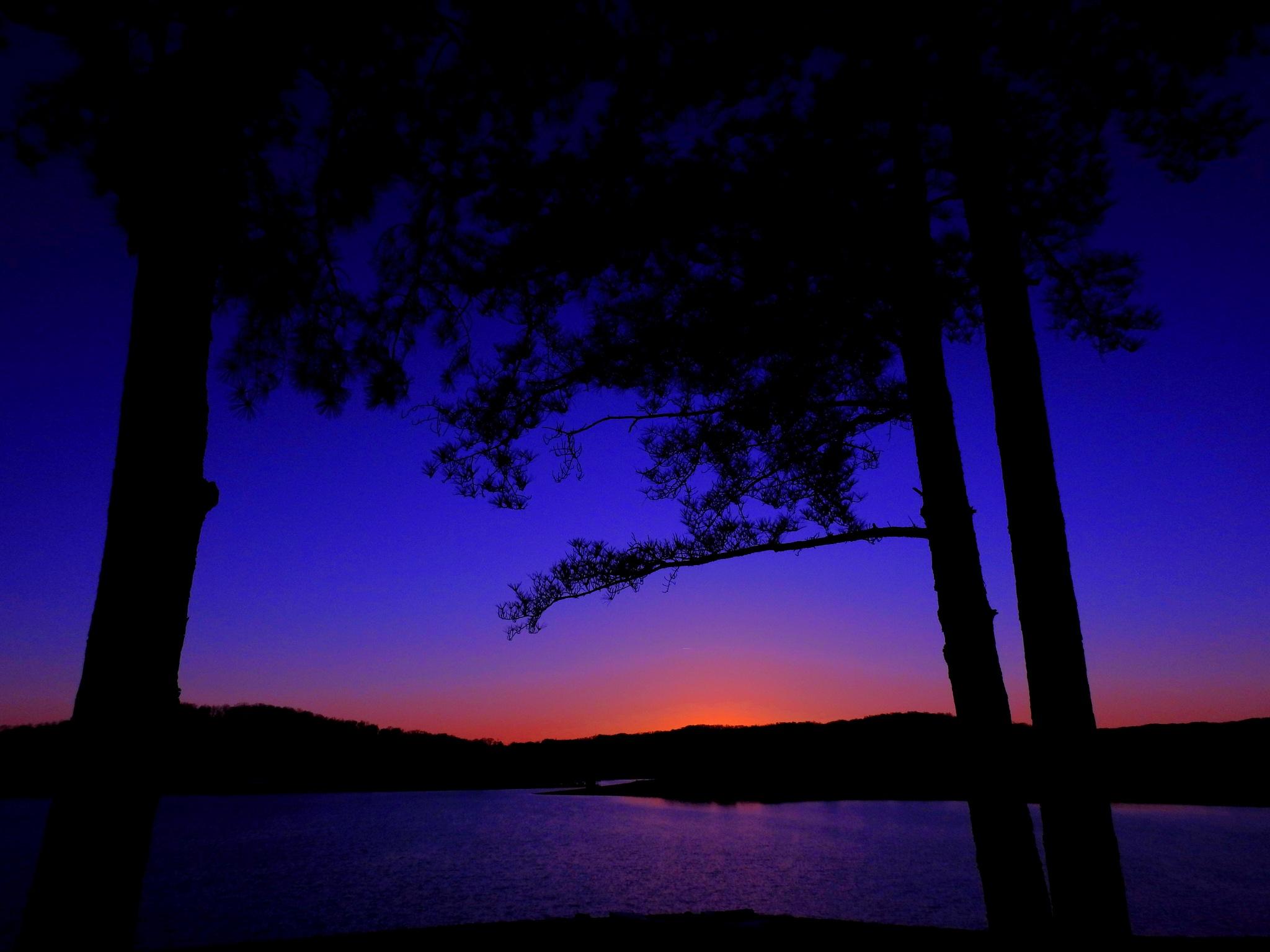 Sunset on Cherokee Lake by Patty Stockton