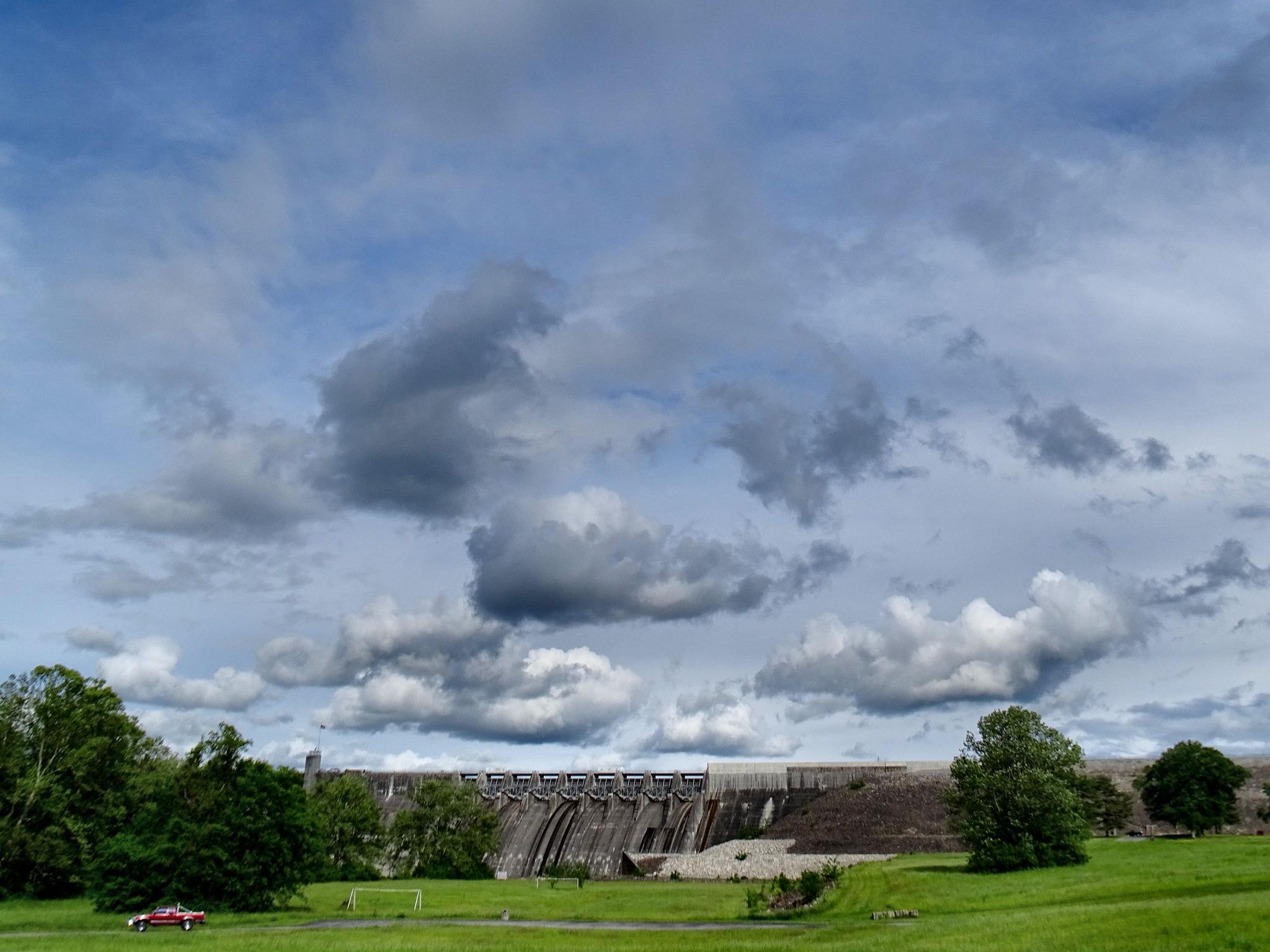Cherokee Dam Jefferson County, Tennessee by Patty Stockton