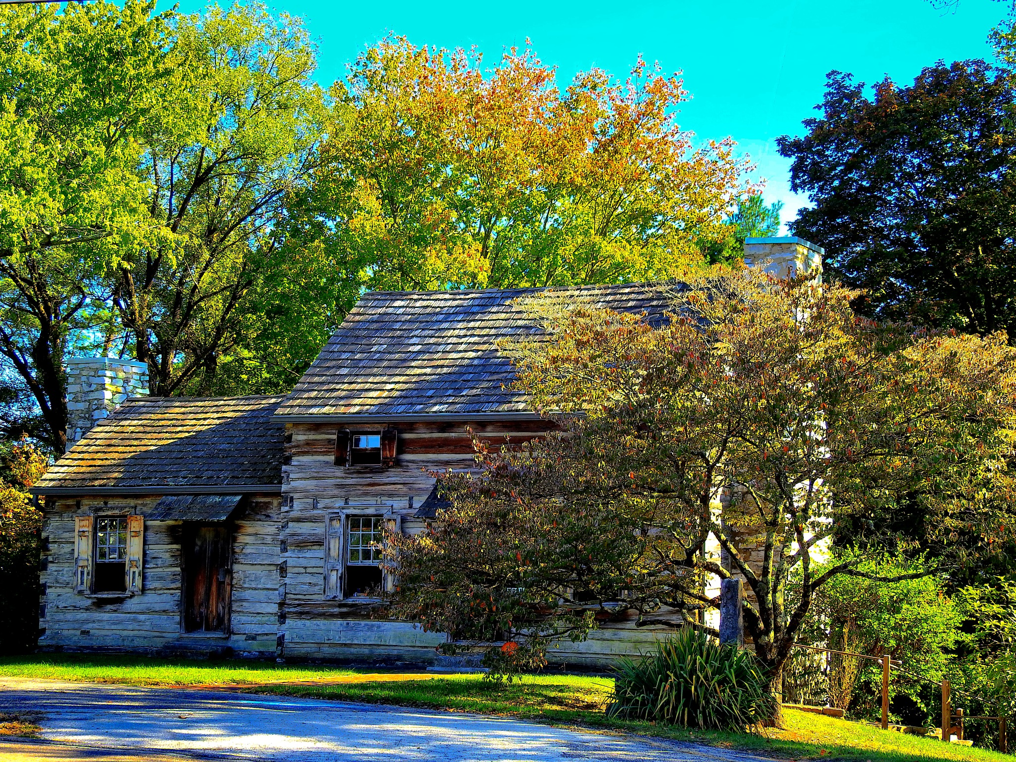 Davy Crockett Tavern Museum by Patty Stockton
