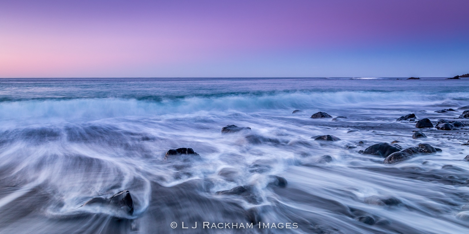 Waves of Motion by Les_Rackham