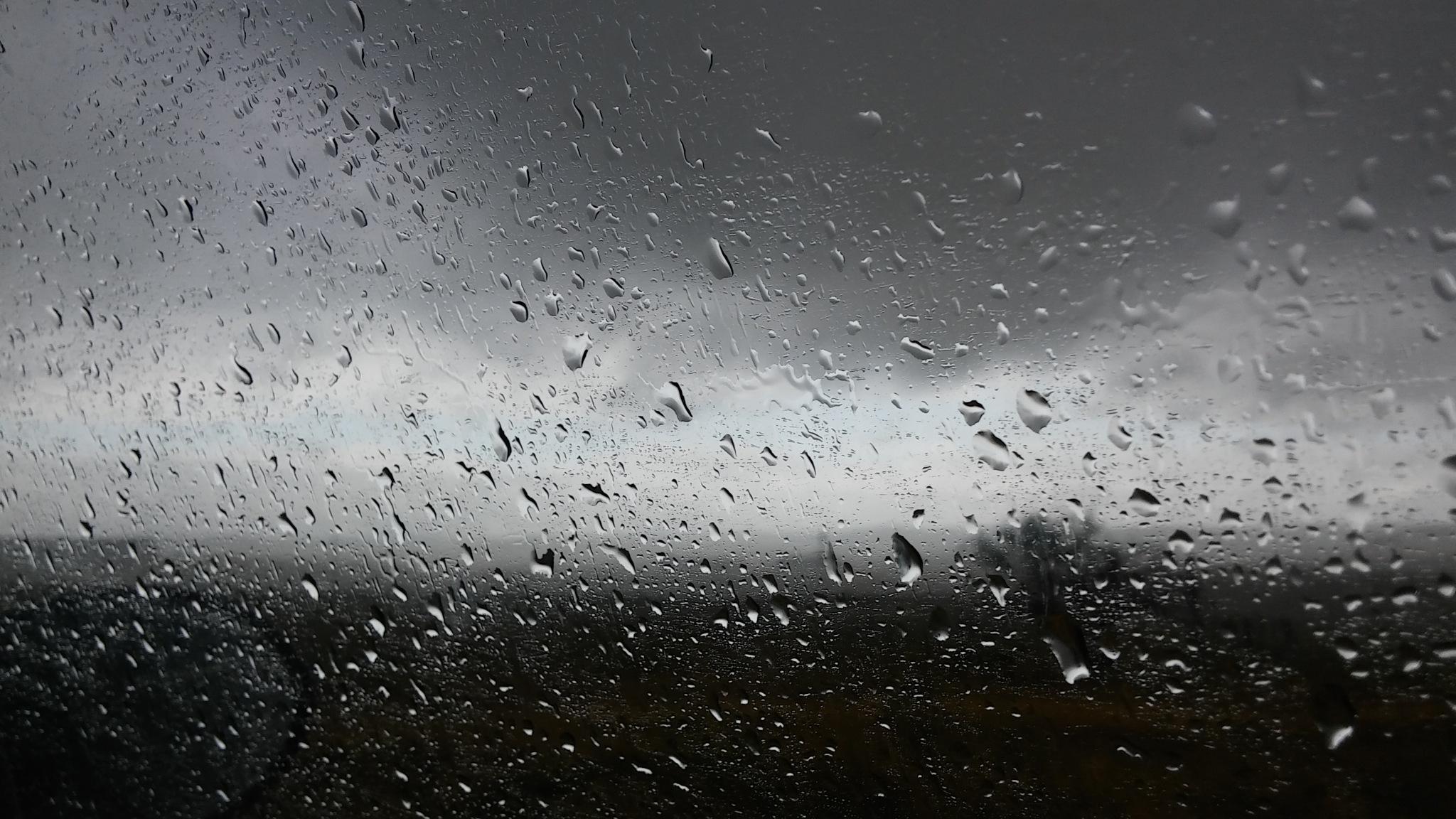 wet chaos by Ricardousherphoto