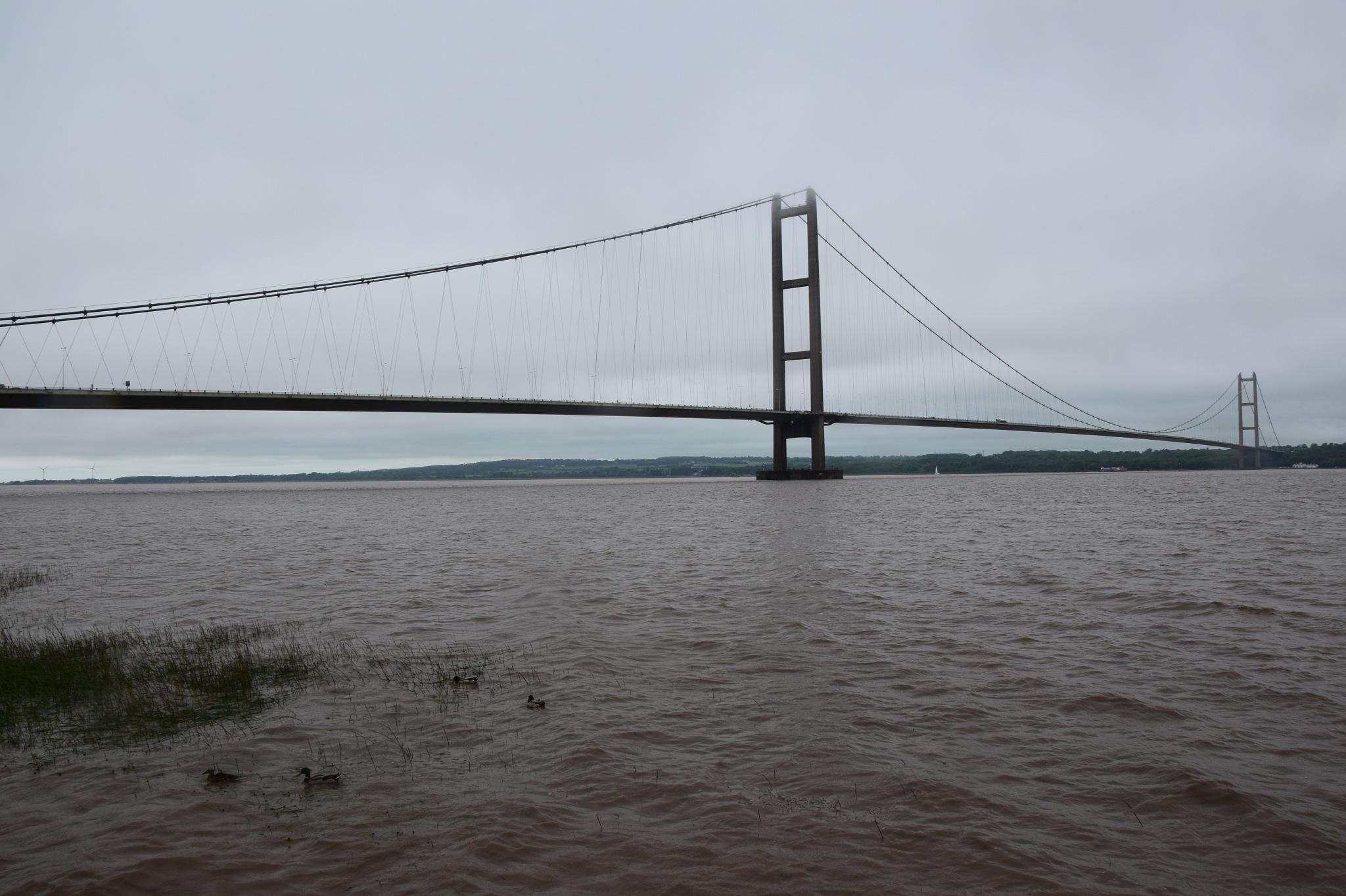 Humber Bridge by GraemeLeePollard
