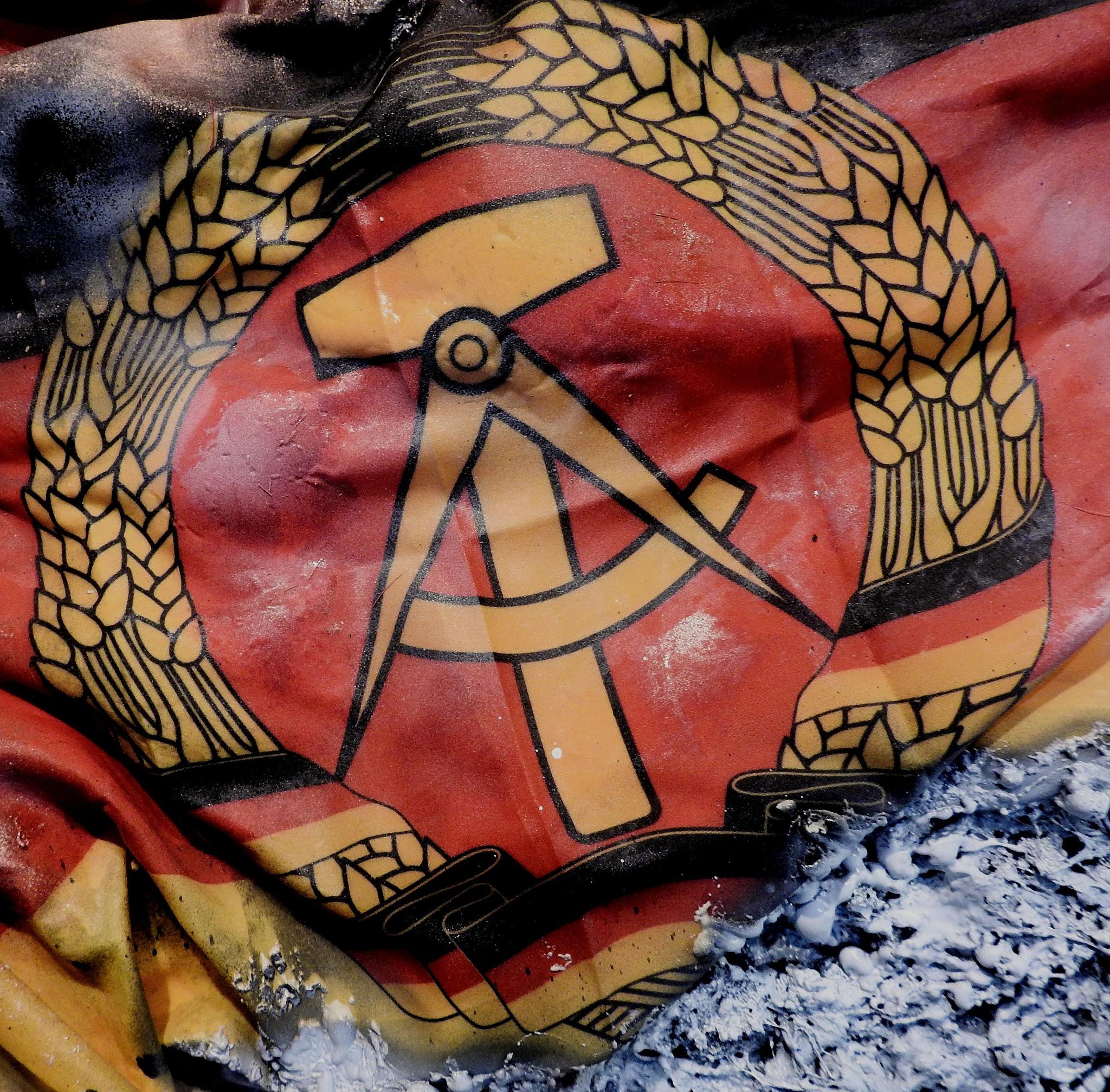P.A.N. Napoli - Broken Flag - Maurizio Romeo - Once Upon A Time - U.R.S.S. & D.D.R. Germany - 1 by Arnaldo De Lisio