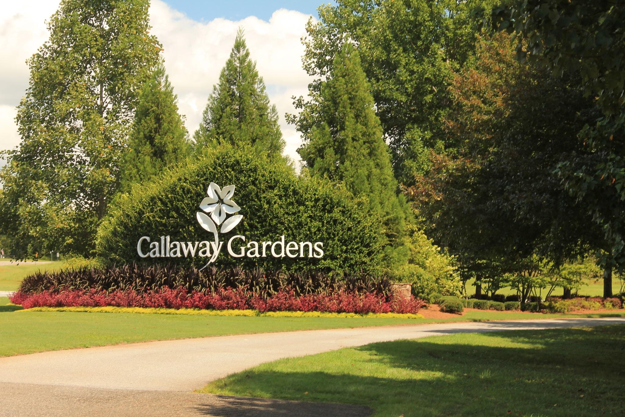 Callaway Gardens Entrance by Thomas Vasas Photography