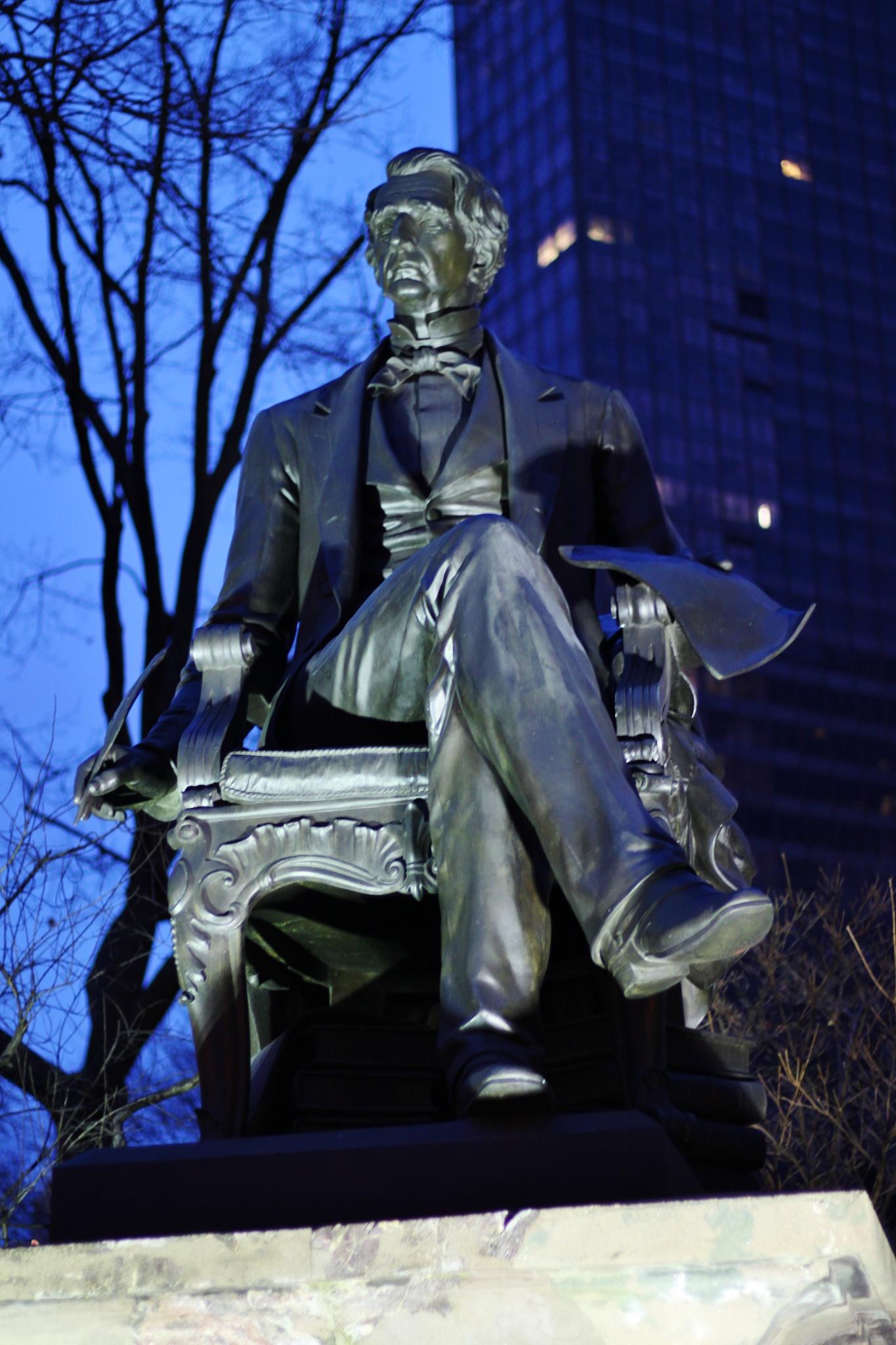 in the park statue, by Liborio Drogo