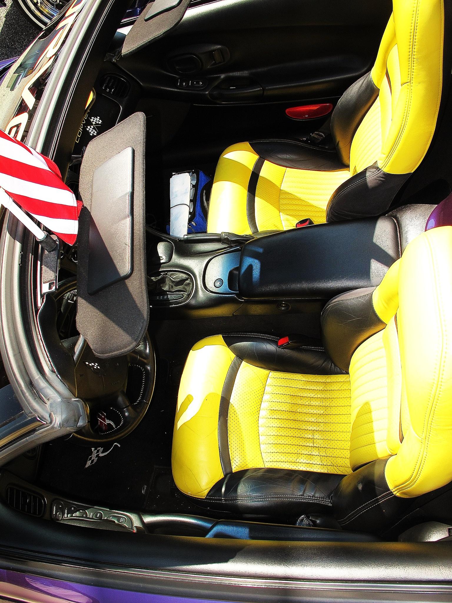 Yello Seats for corvette, by Liborio Drogo