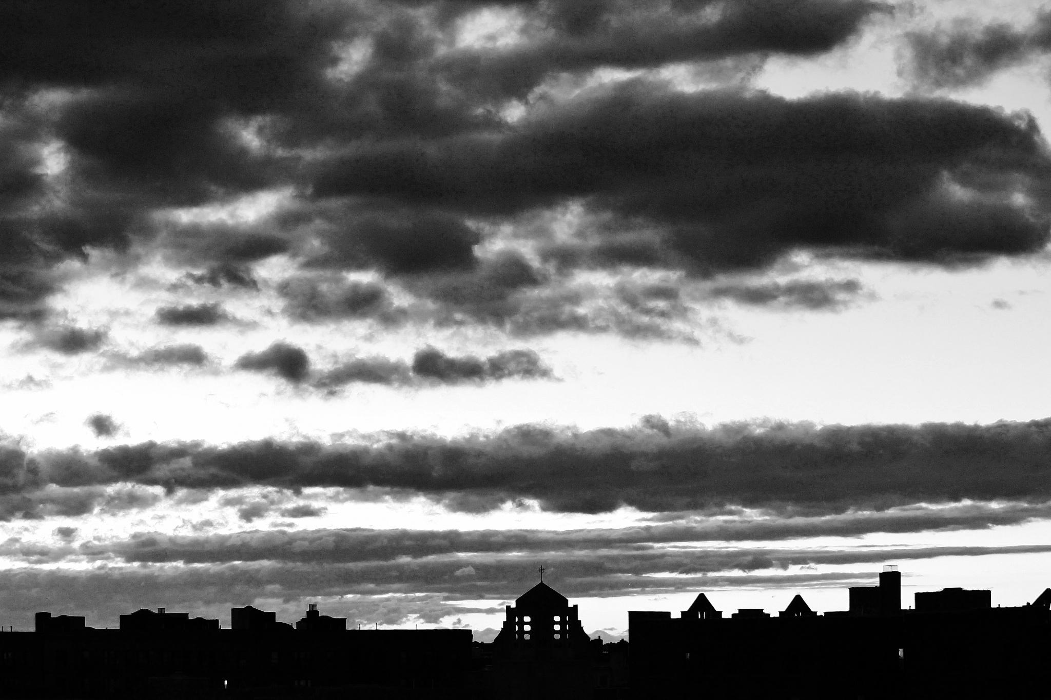 Ciel de NY 6H30 du mat by Liborio Drogo