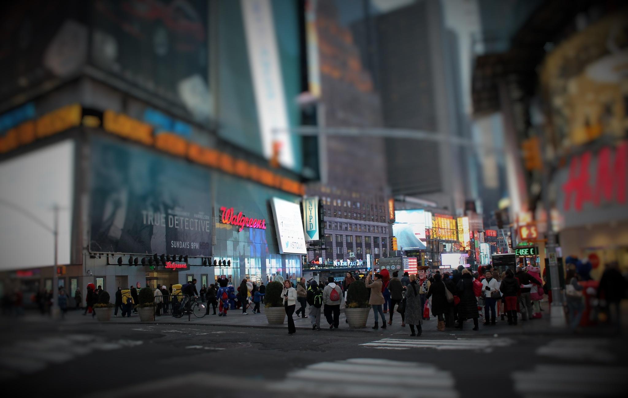 WALGREEN on Times Square, by Liborio Drogo