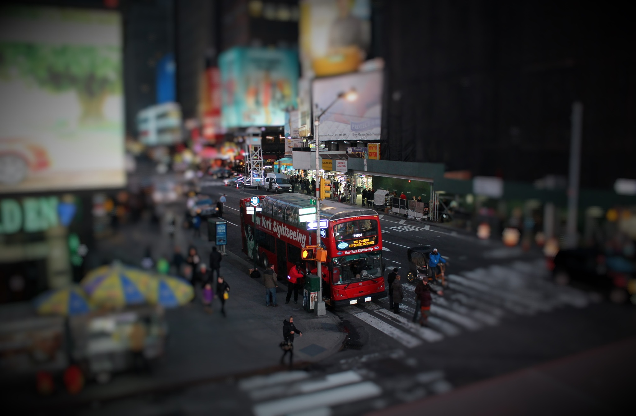 New York Sightseeing on Times Square, by Liborio Drogo