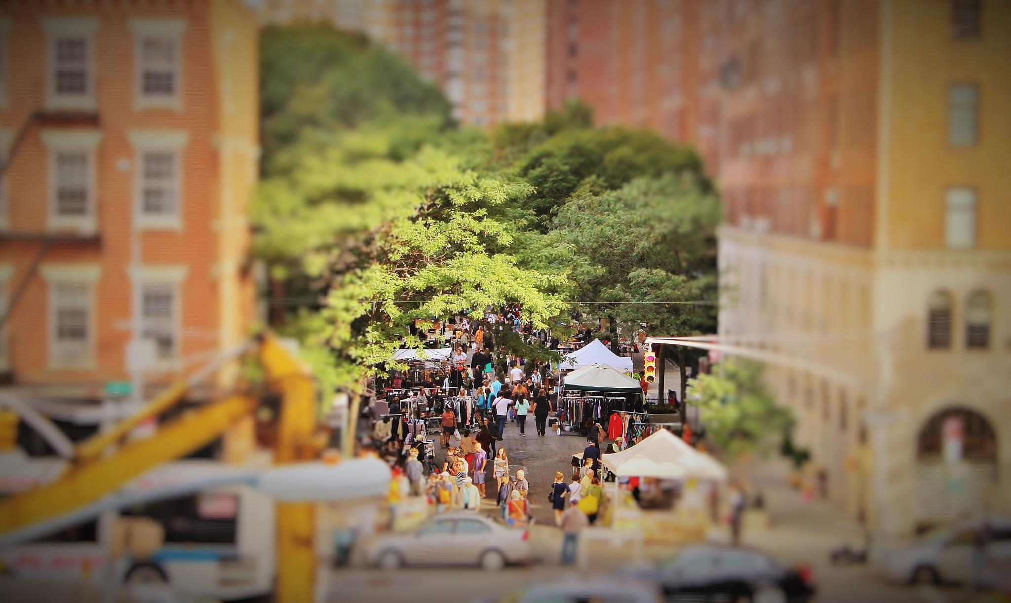 Flea Market People, by Liborio Drogo