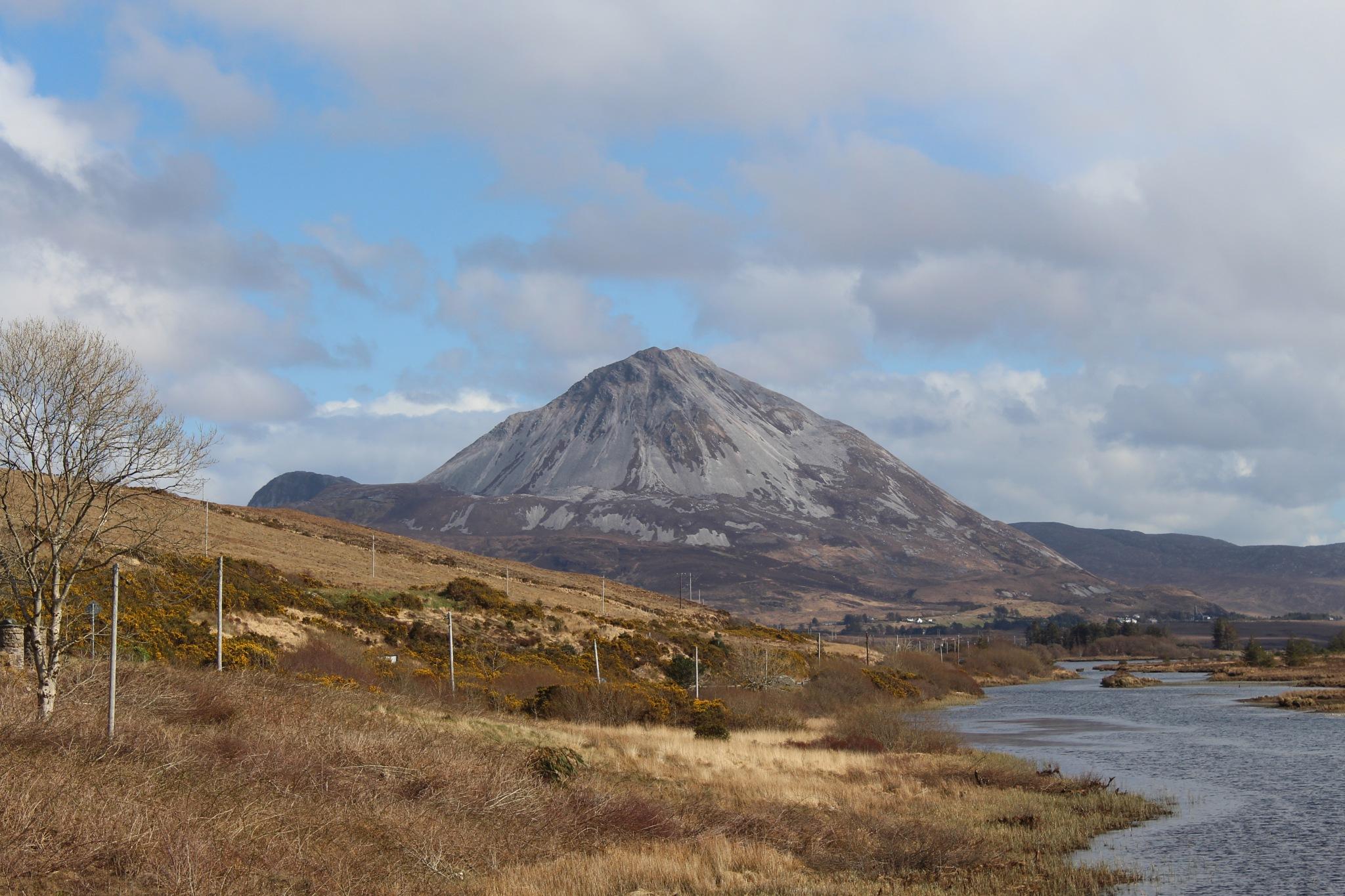 Mount Errigal by FrankieS